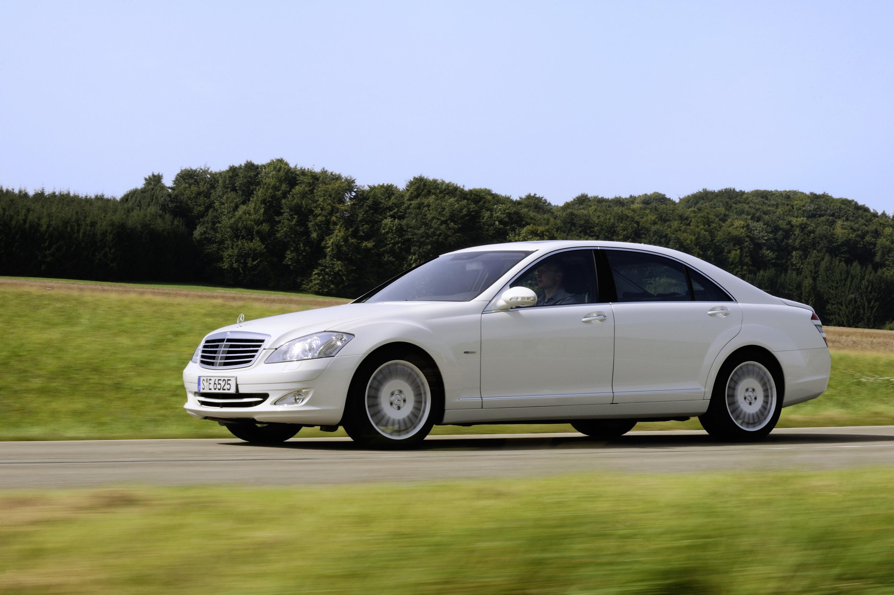 2008 mercedes s 320 cdi blueefficiency review top speed. Black Bedroom Furniture Sets. Home Design Ideas