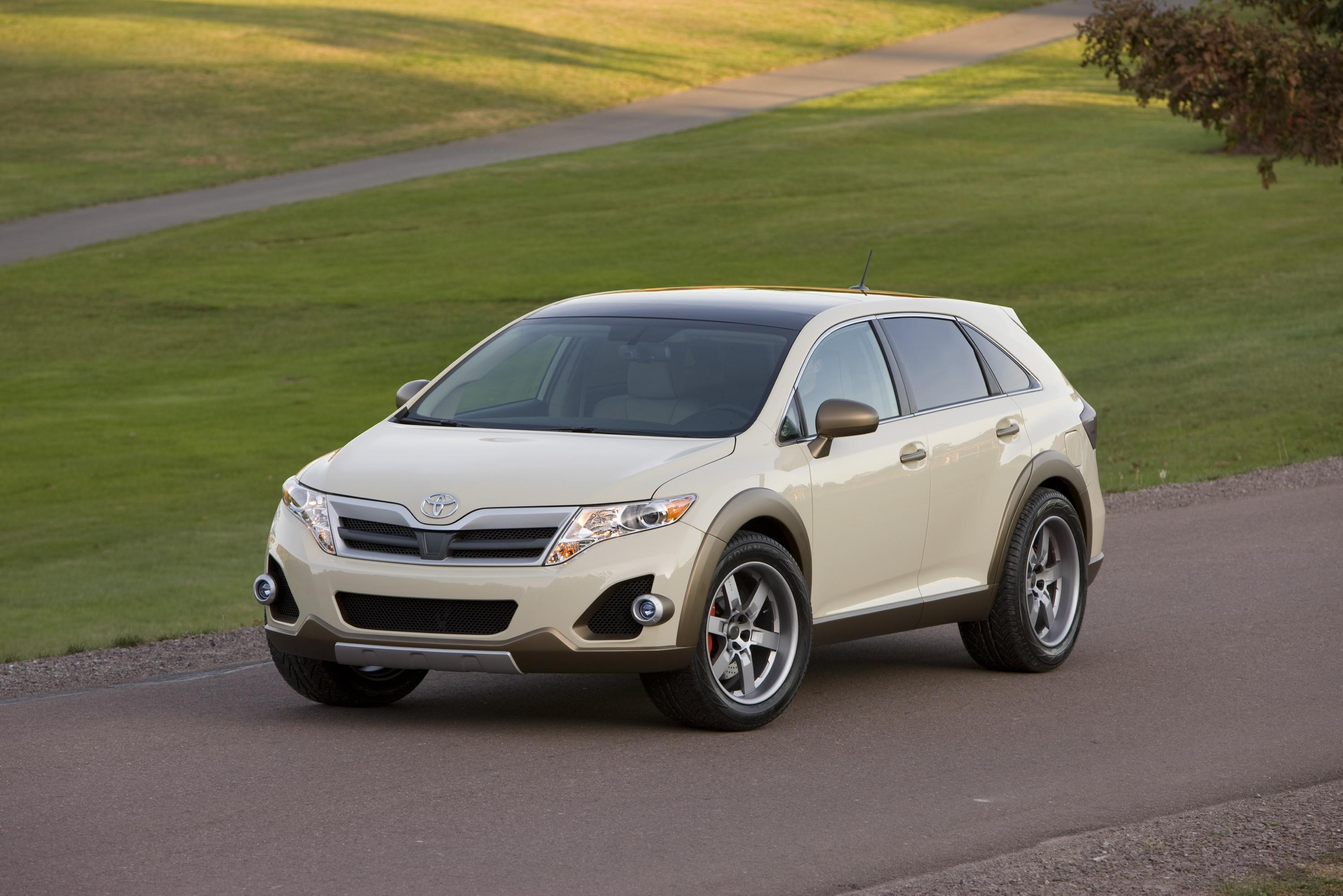 venza limited created l rapha review toyota driving awd with suv reviews road test
