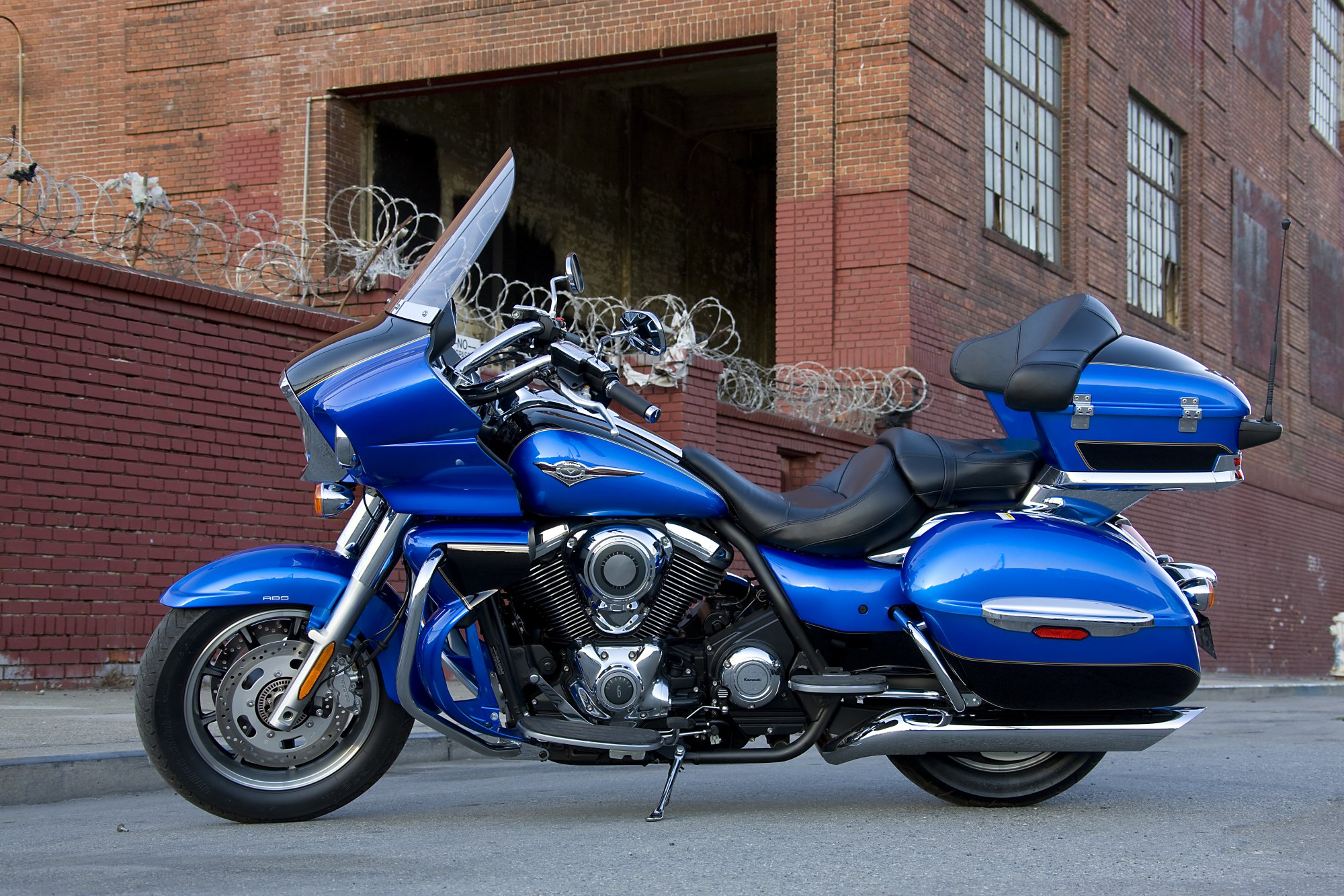 Tremendous 2009 Honda Gold Wing Top Speed Squirreltailoven Fun Painted Chair Ideas Images Squirreltailovenorg