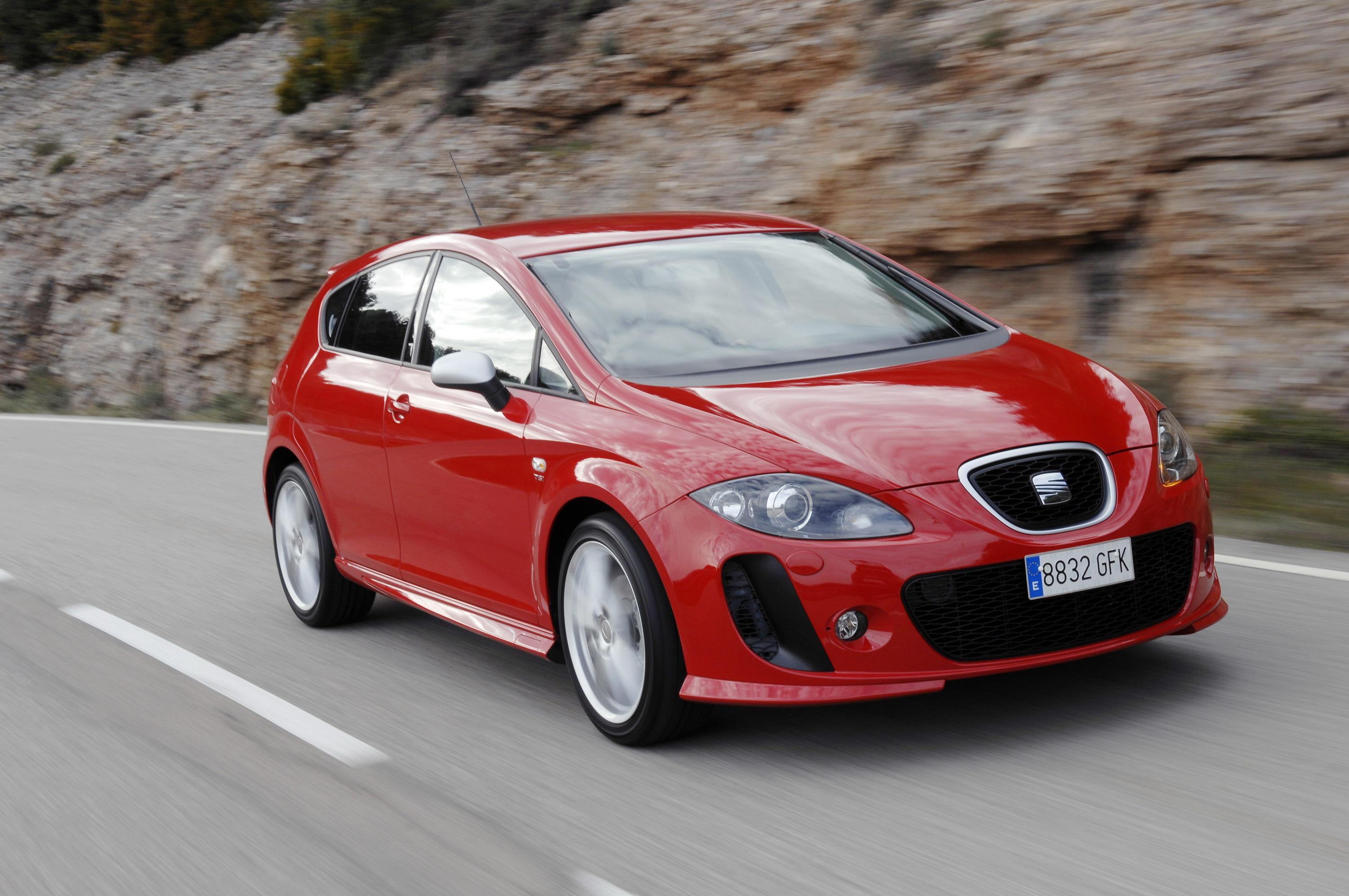 2009 seat leon linea r review top speed. Black Bedroom Furniture Sets. Home Design Ideas