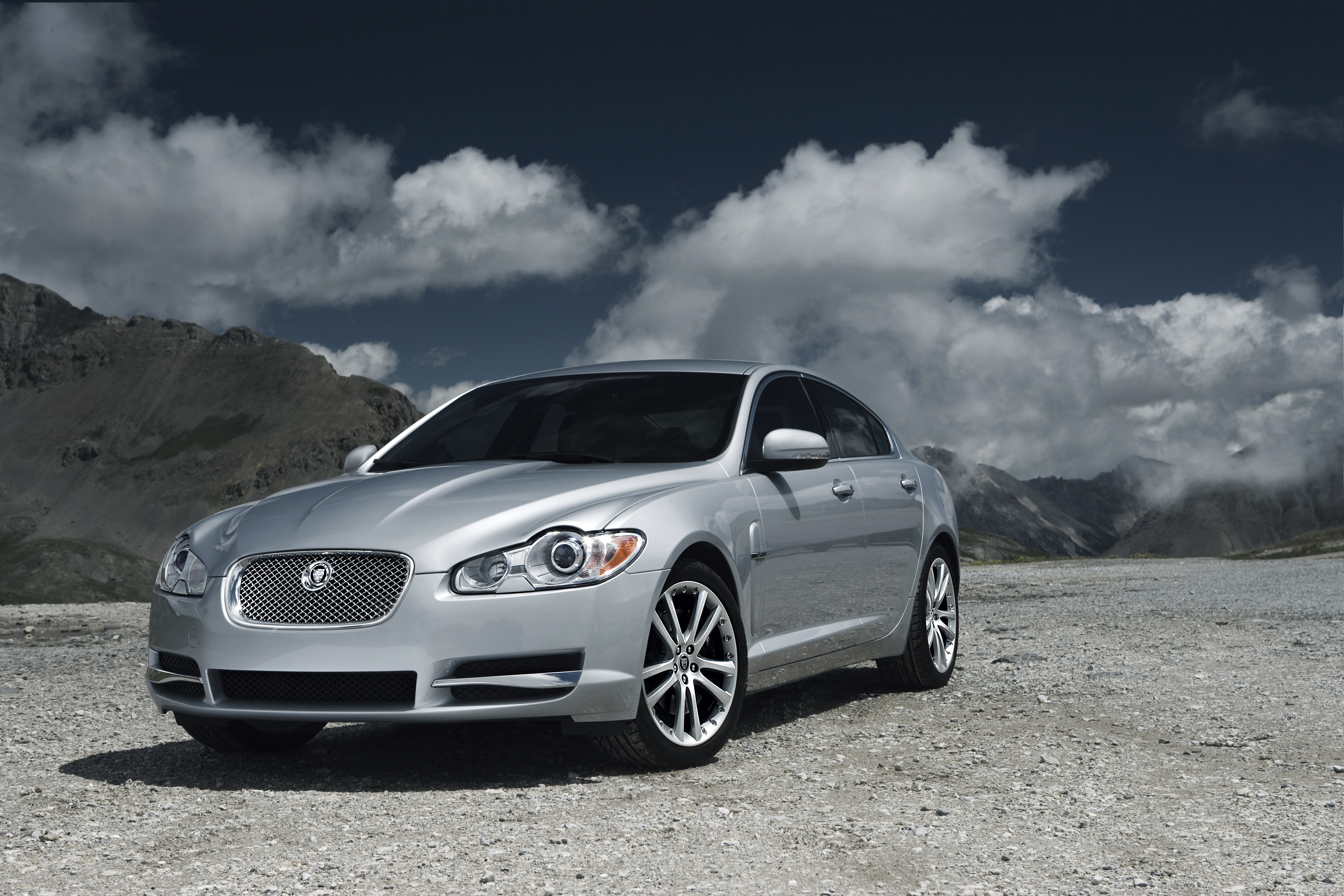 2009 jaguar xf diesel s review top speed. Black Bedroom Furniture Sets. Home Design Ideas