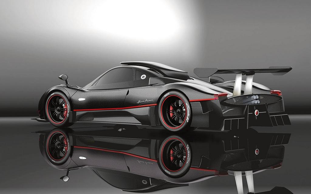2009 Pagani Zonda R | Top Speed
