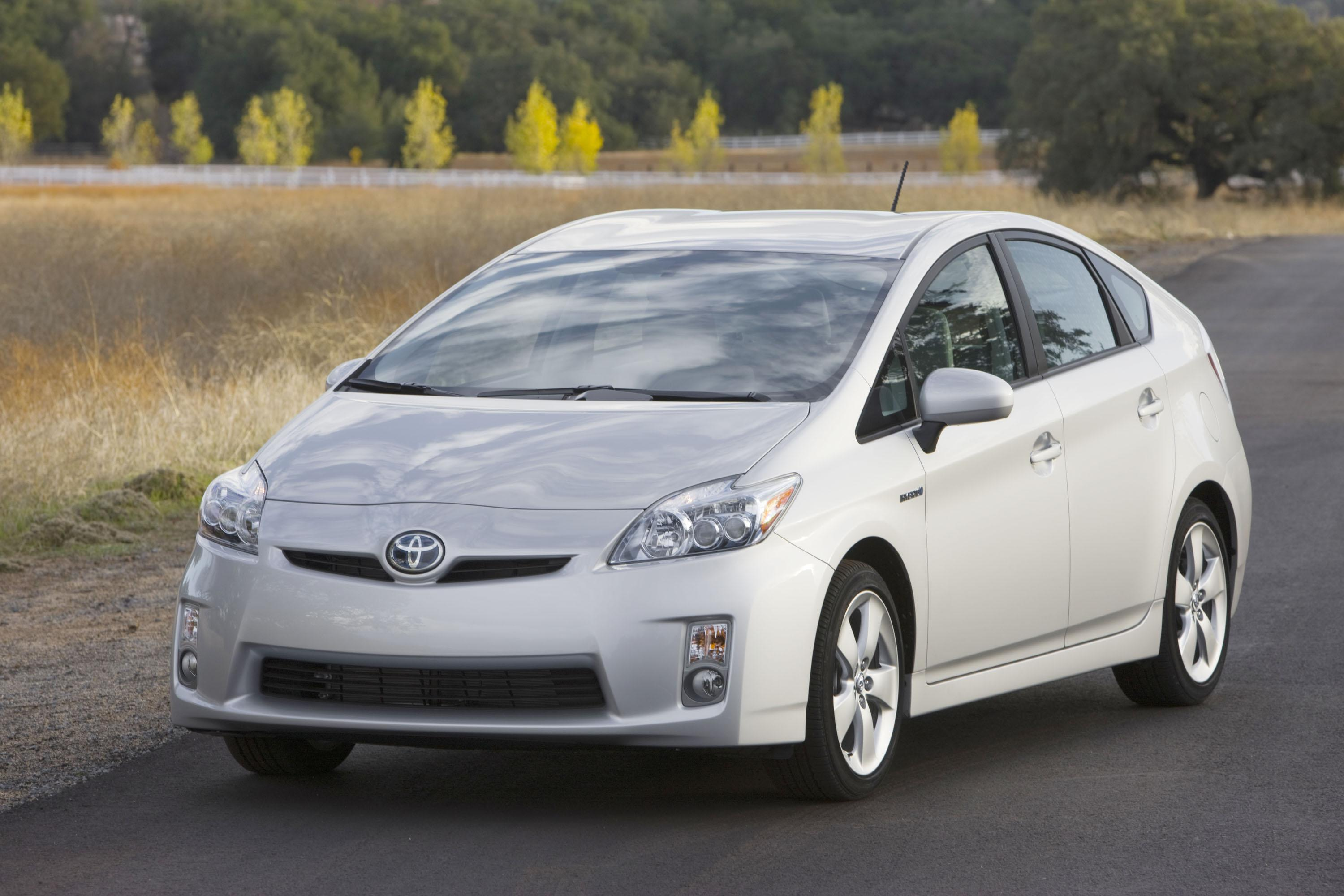 2010 toyota prius pictures photos wallpapers top speed. Black Bedroom Furniture Sets. Home Design Ideas