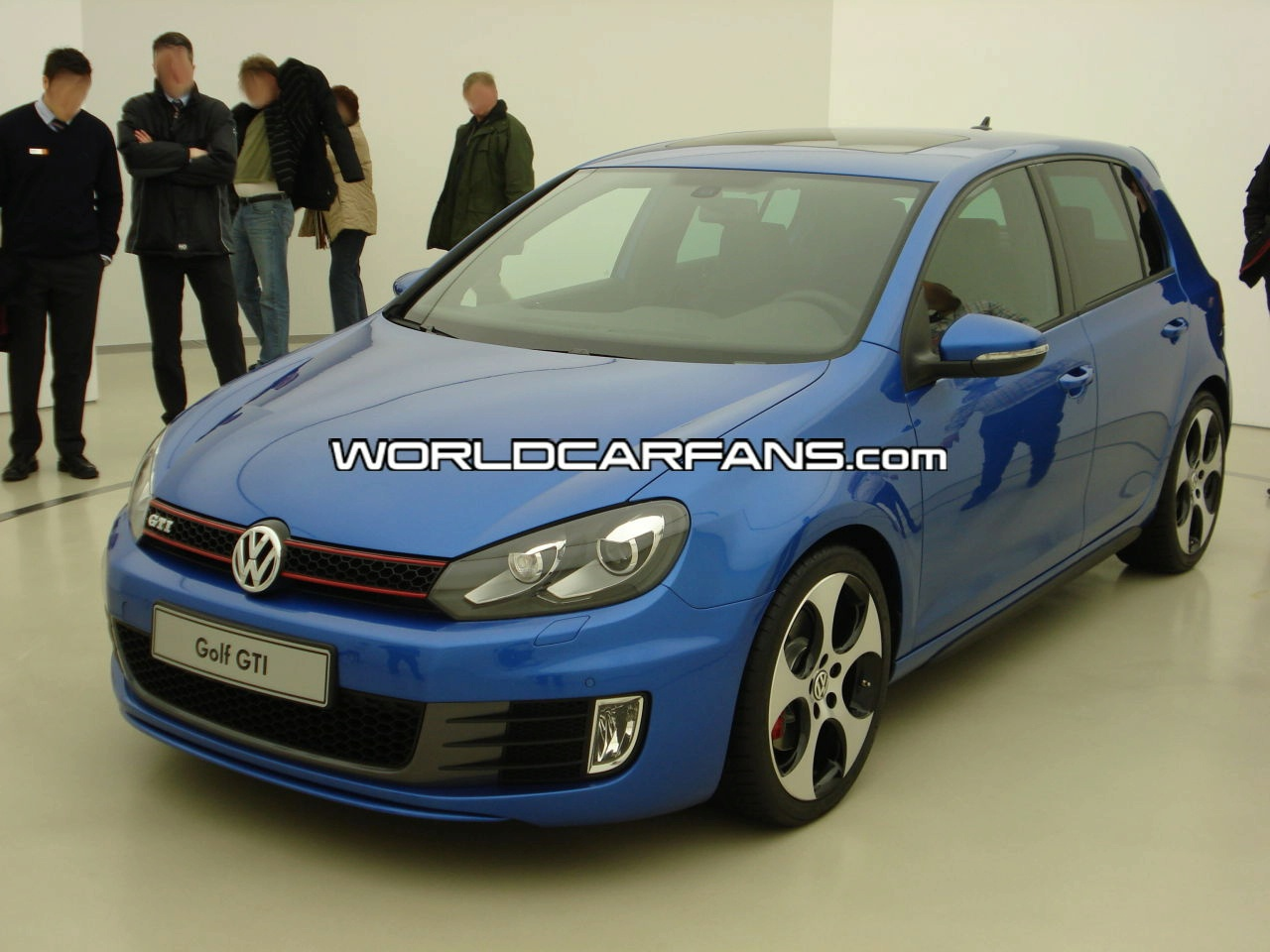 golf gti vi production version pics pictures photos. Black Bedroom Furniture Sets. Home Design Ideas