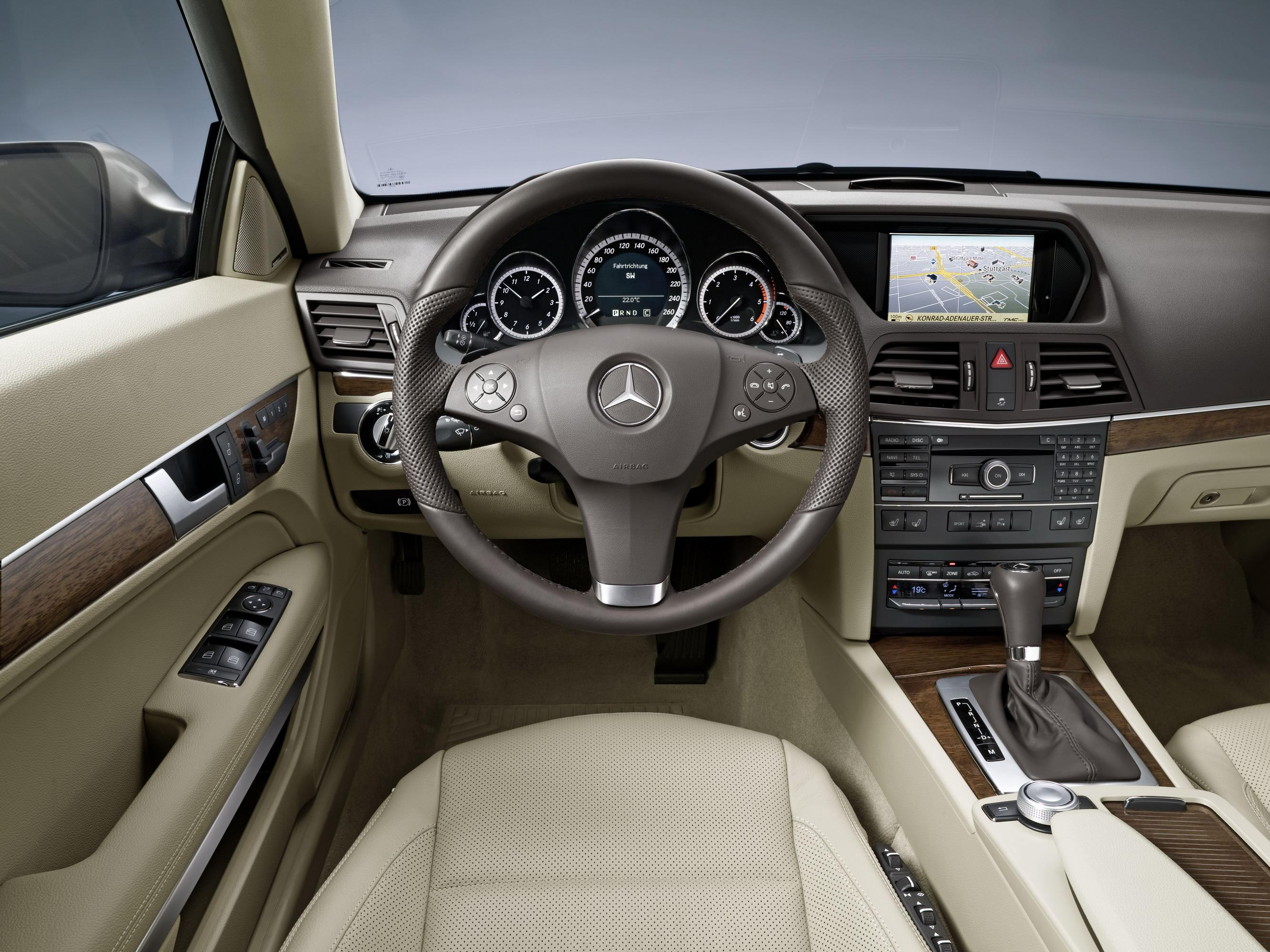 2010 Mercedes E-Class Coupe   Top Speed