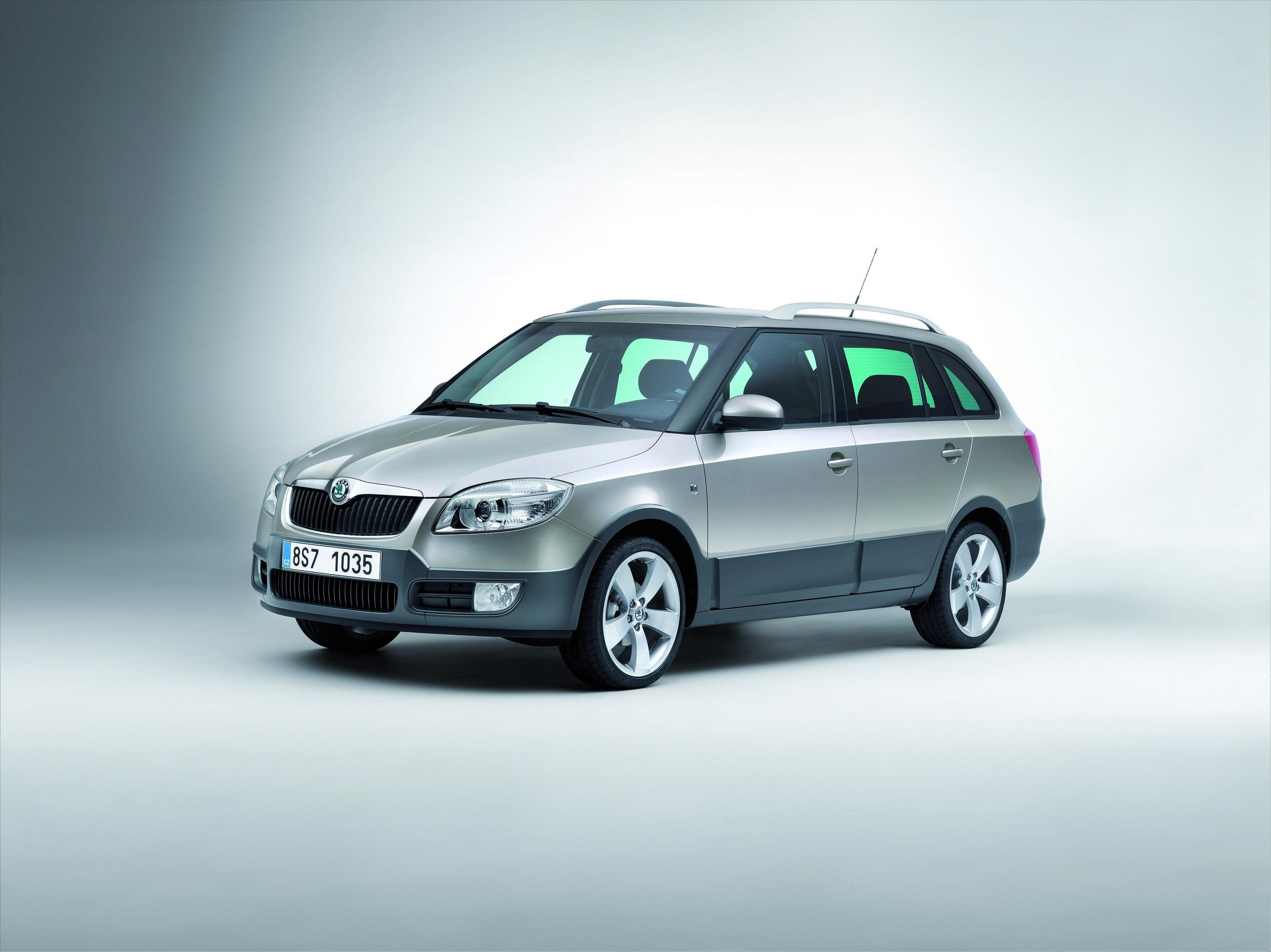 2009 skoda fabia scout review top speed. Black Bedroom Furniture Sets. Home Design Ideas