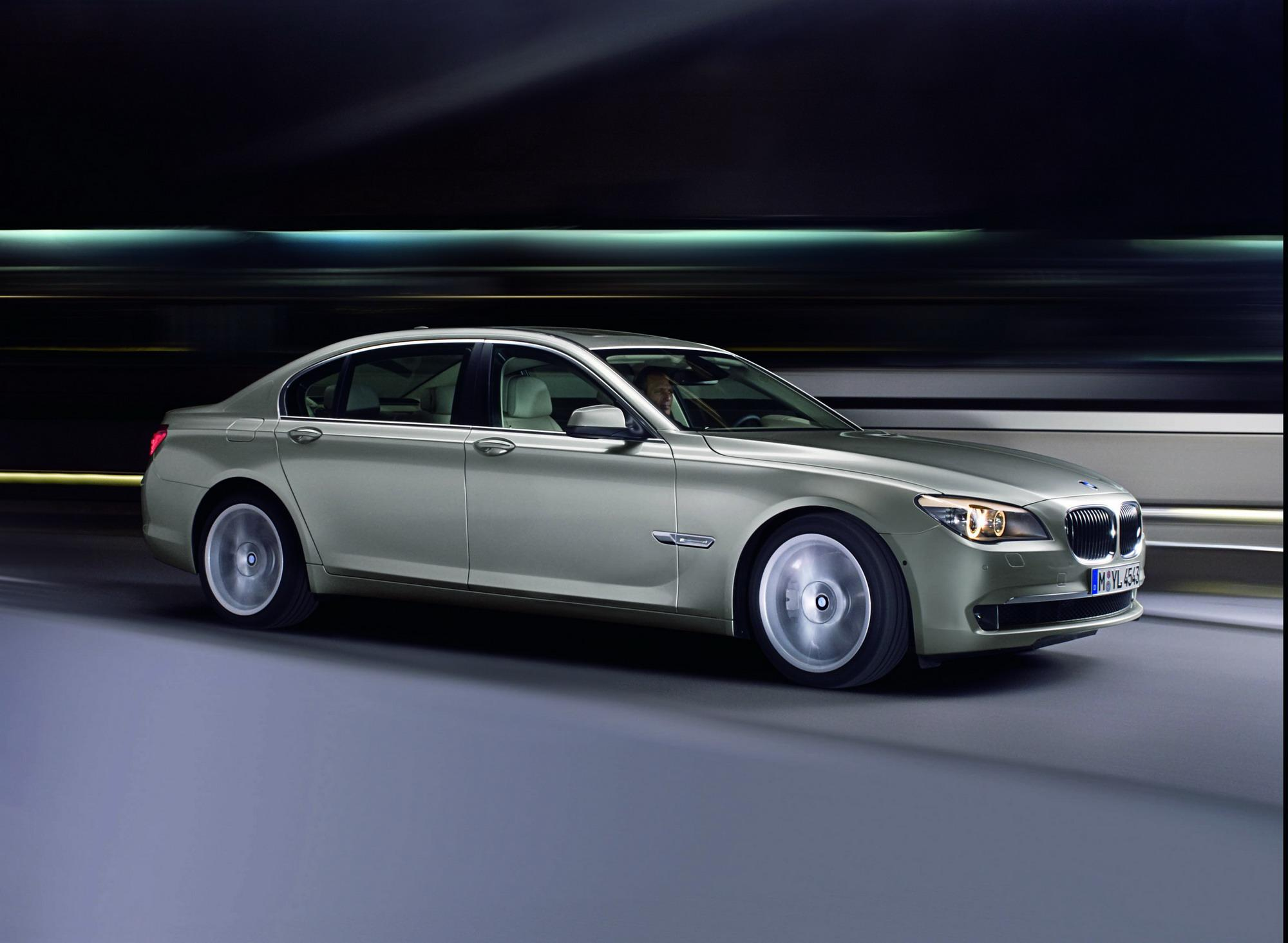 2009 BMW 7-Series Review - Top Speed