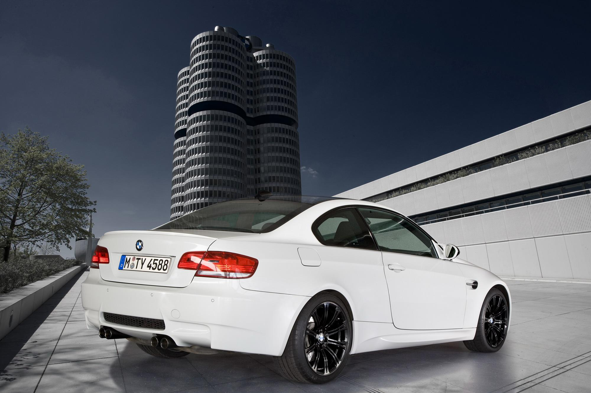 New BMW M3 >> 2010 BMW M3 Edition Models | Top Speed