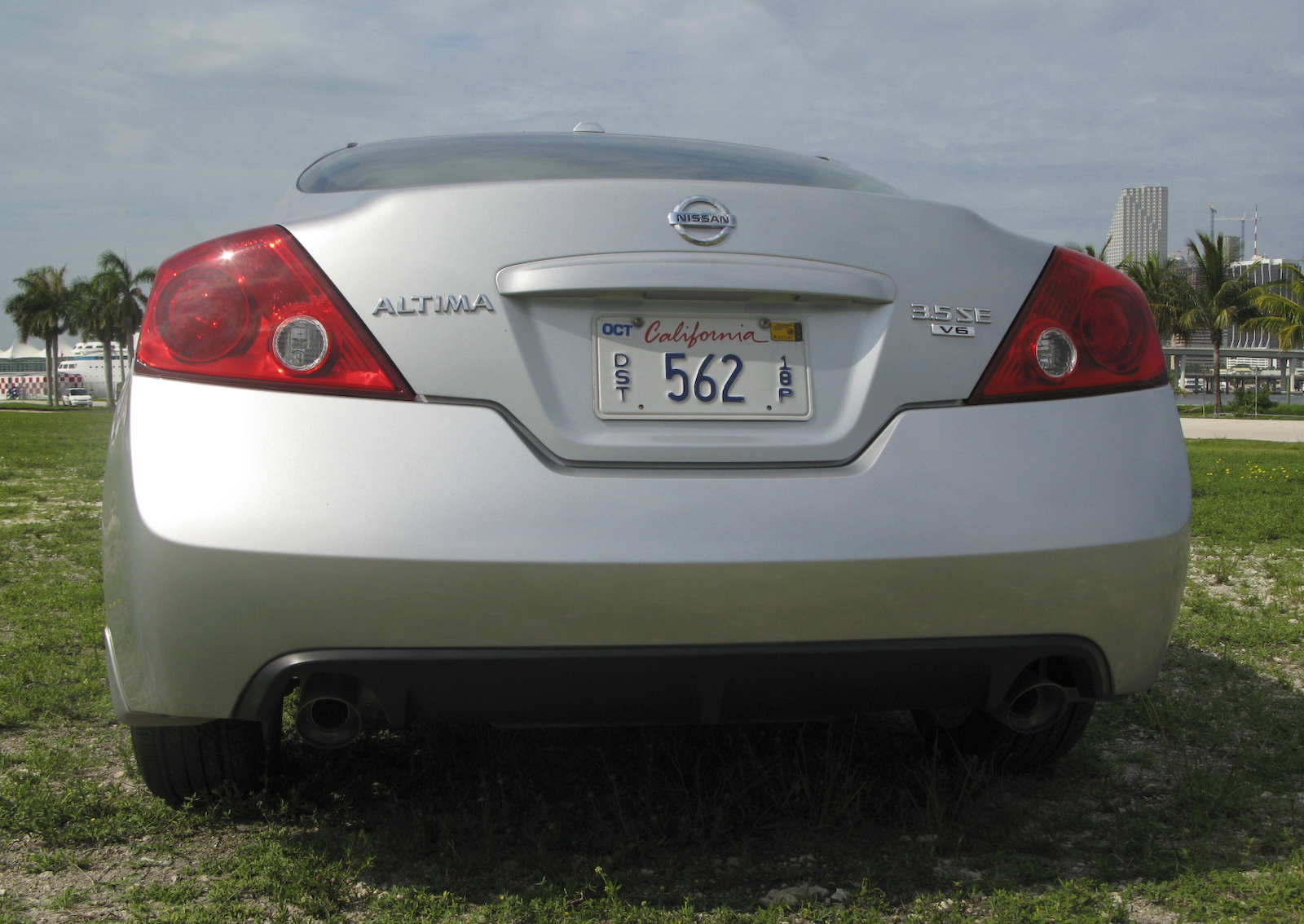 2009 Nissan Altima Coupe 3.5 SE | Top Speed. »