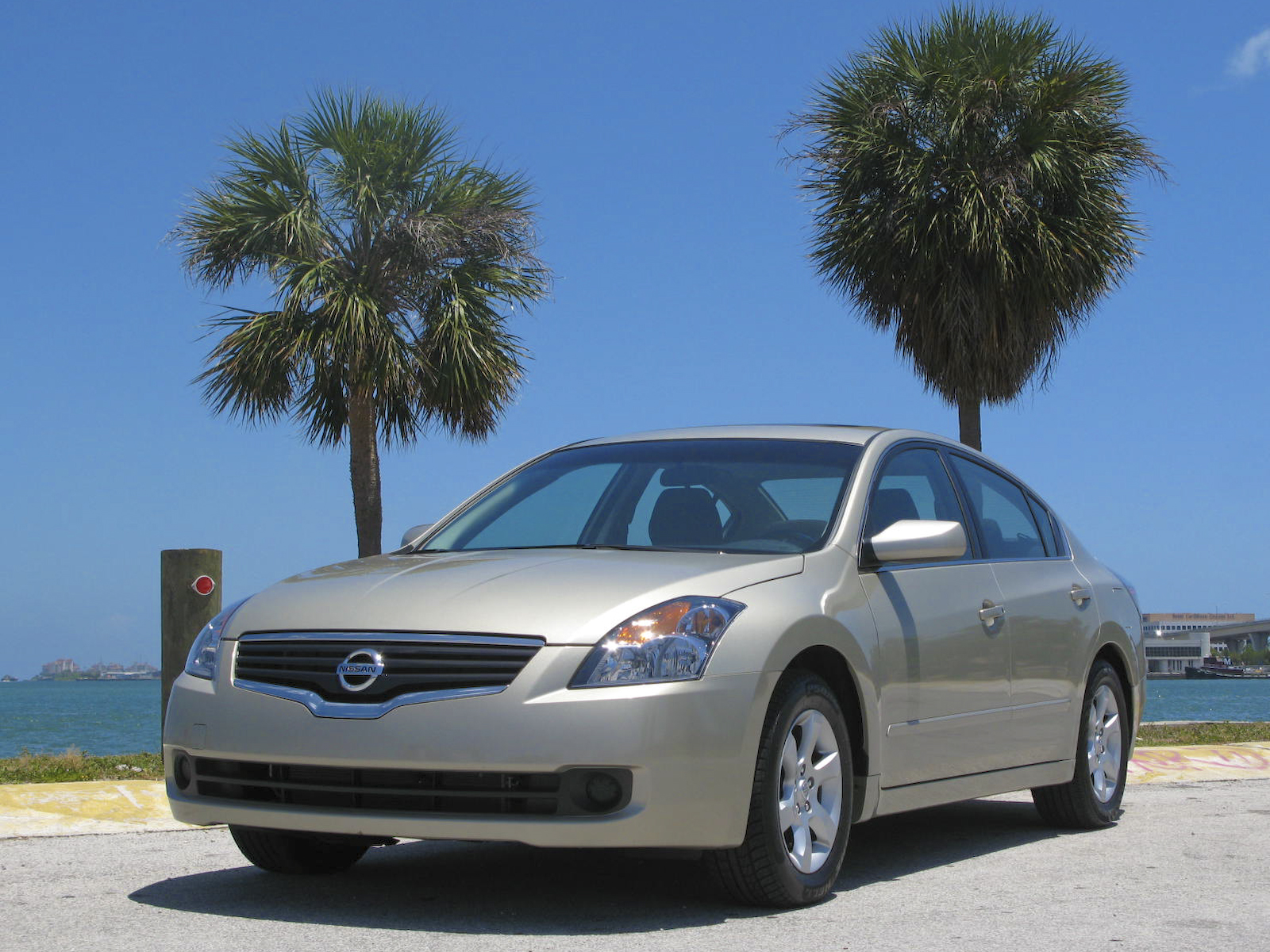 2009 initial thoughts nissan altima 2 5 s news top speed. Black Bedroom Furniture Sets. Home Design Ideas