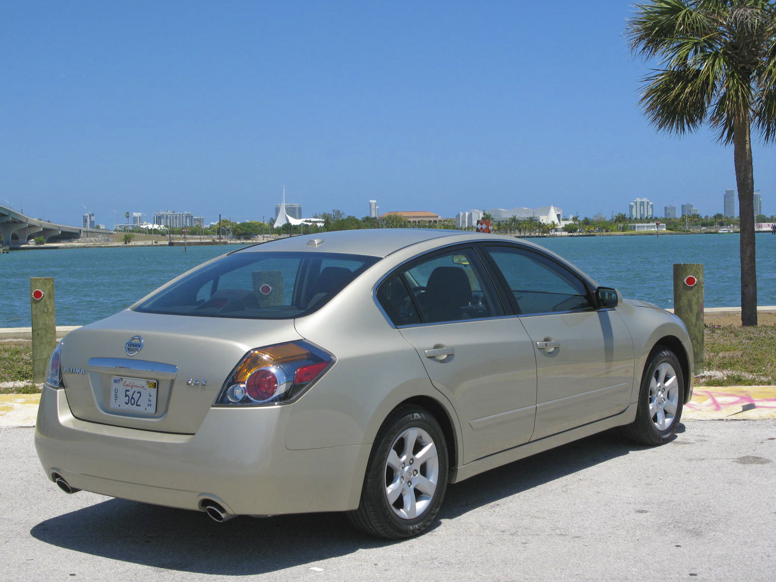 2009 initial thoughts nissan altima 2 5 s gallery 304707. Black Bedroom Furniture Sets. Home Design Ideas