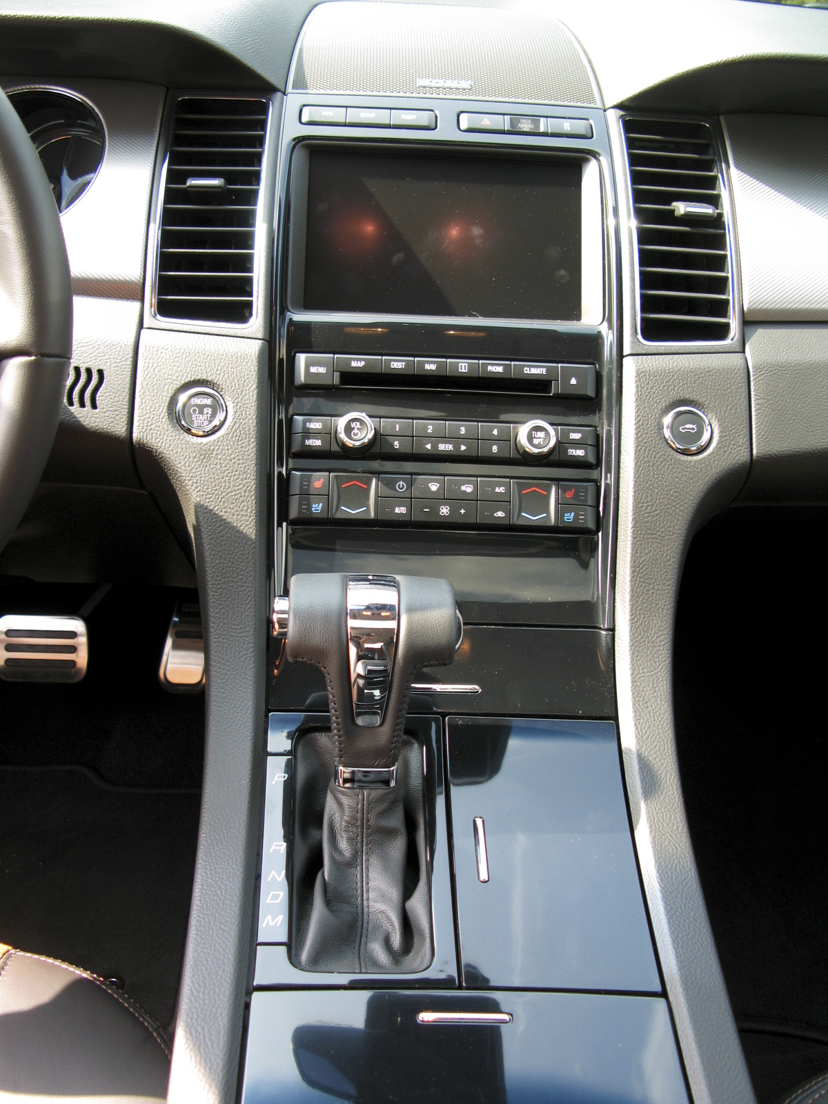2010 Ford Taurus SHO | Top Speed