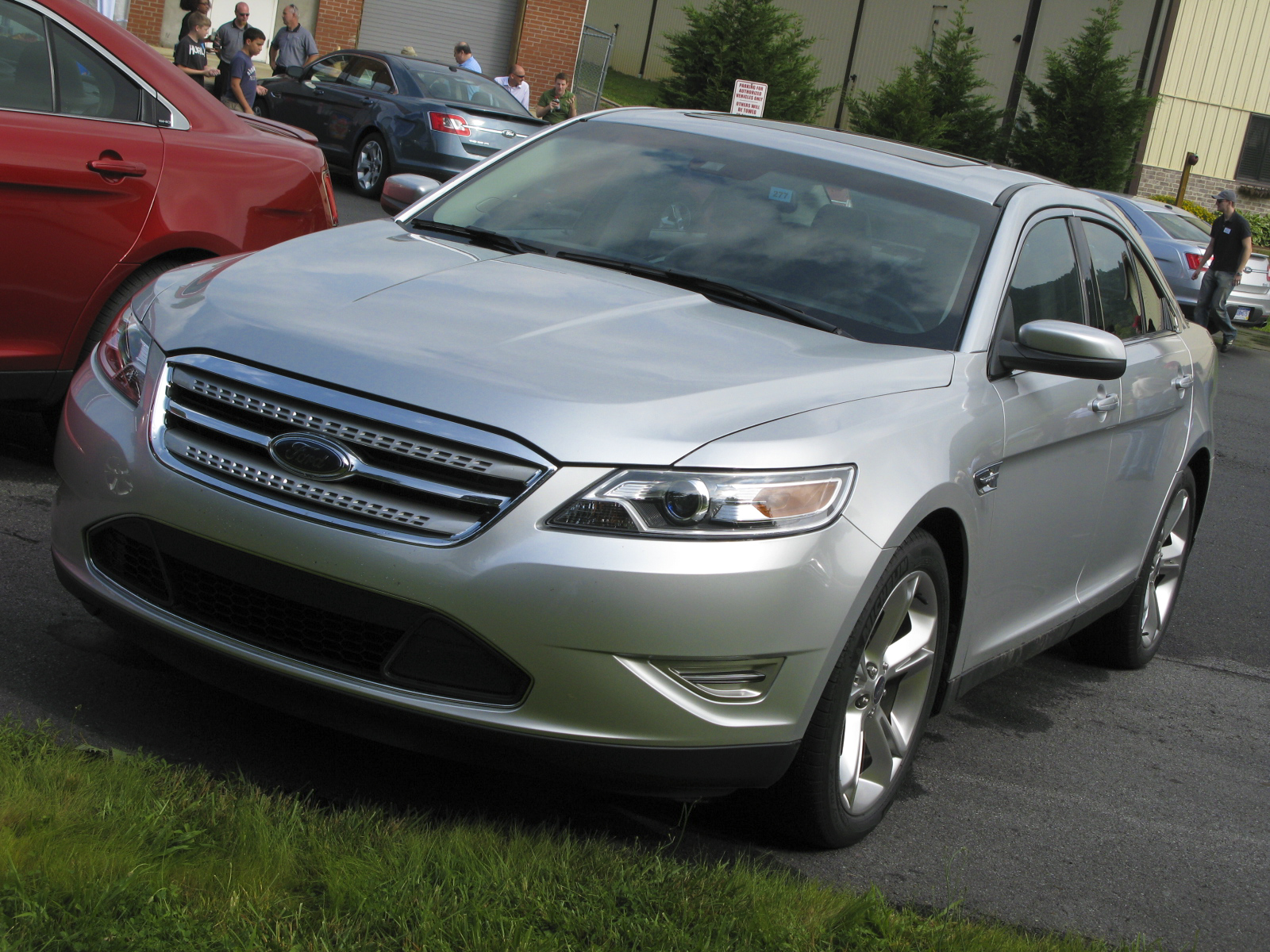 2010 ford taurus sho gallery 306424 top speed. Black Bedroom Furniture Sets. Home Design Ideas
