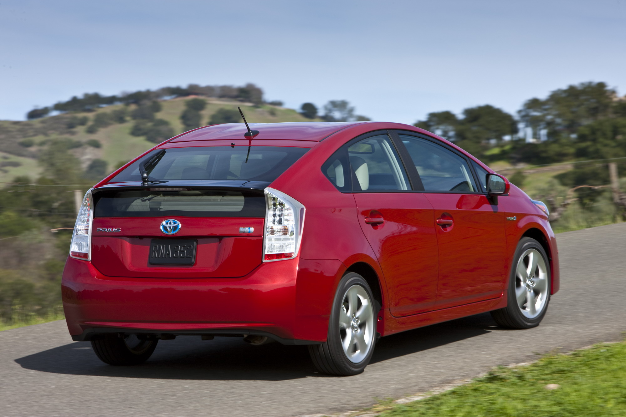 2010 toyota prius review top speed. Black Bedroom Furniture Sets. Home Design Ideas