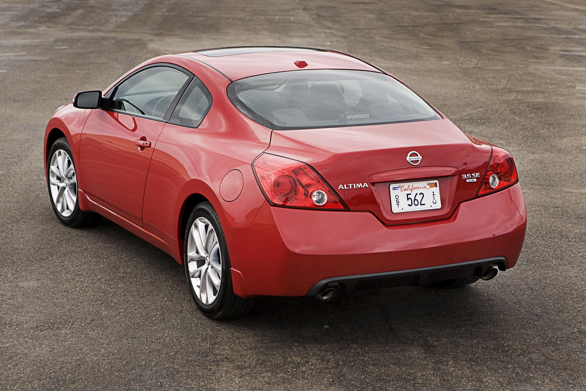 2009 nissan altima coupe review top speed. Black Bedroom Furniture Sets. Home Design Ideas