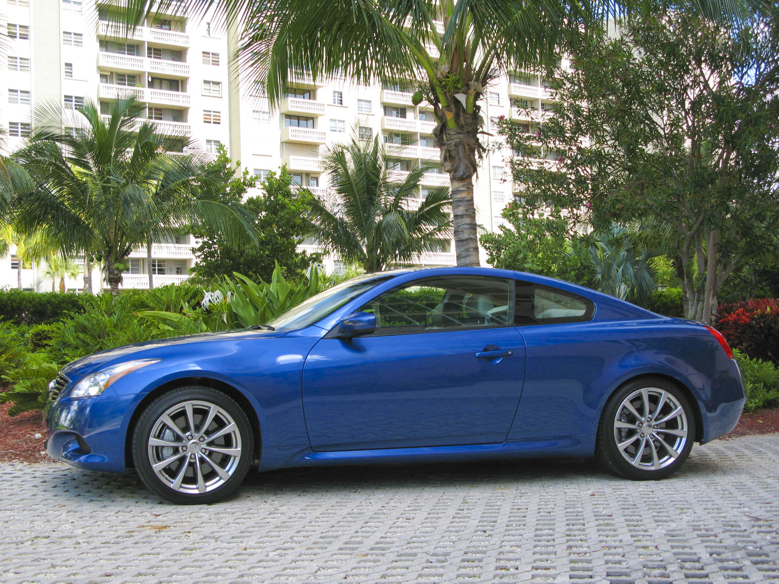 Infiniti g37 coupe mpg