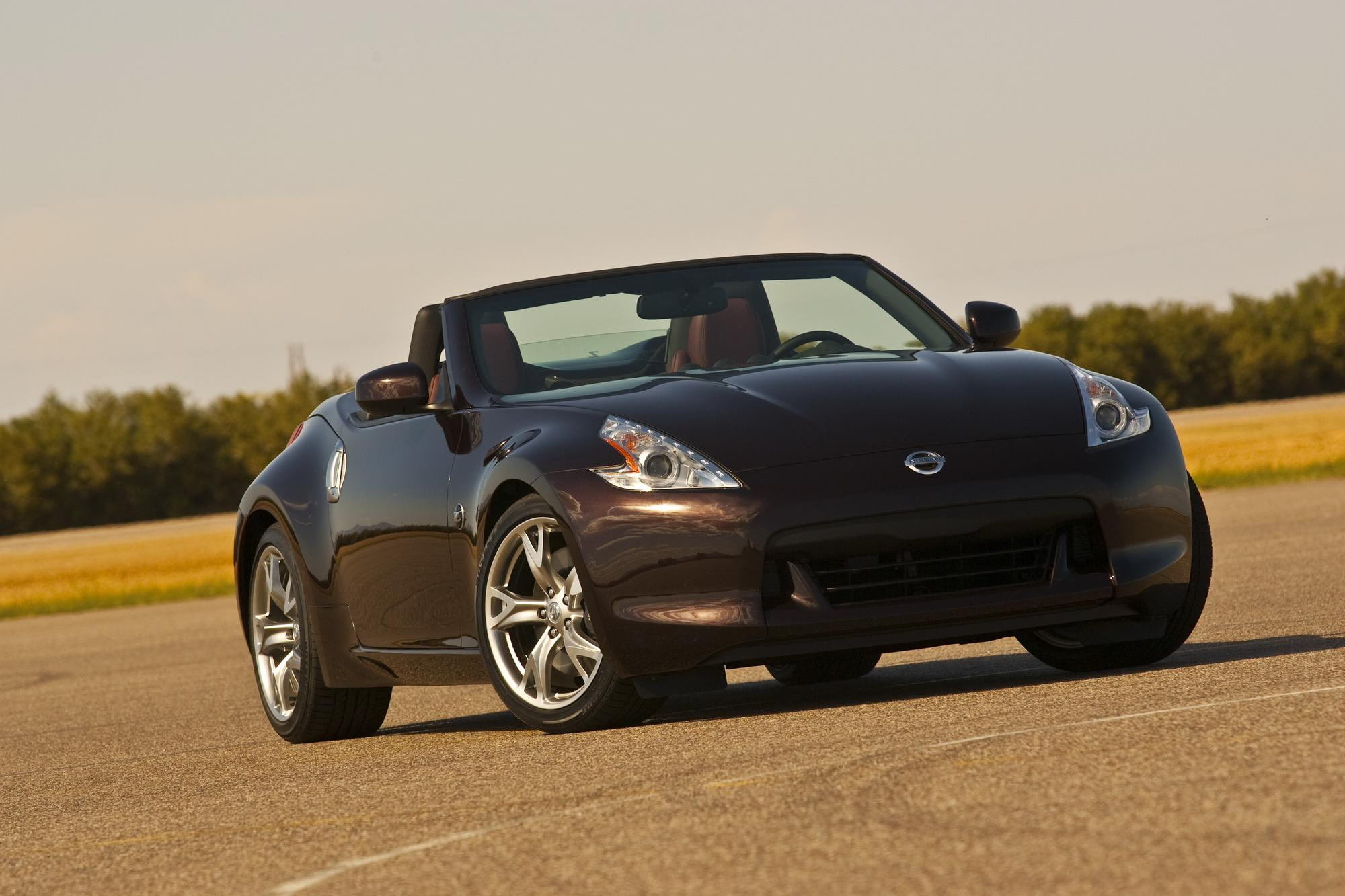 nissan 370z roadster pricing announced top speed. Black Bedroom Furniture Sets. Home Design Ideas