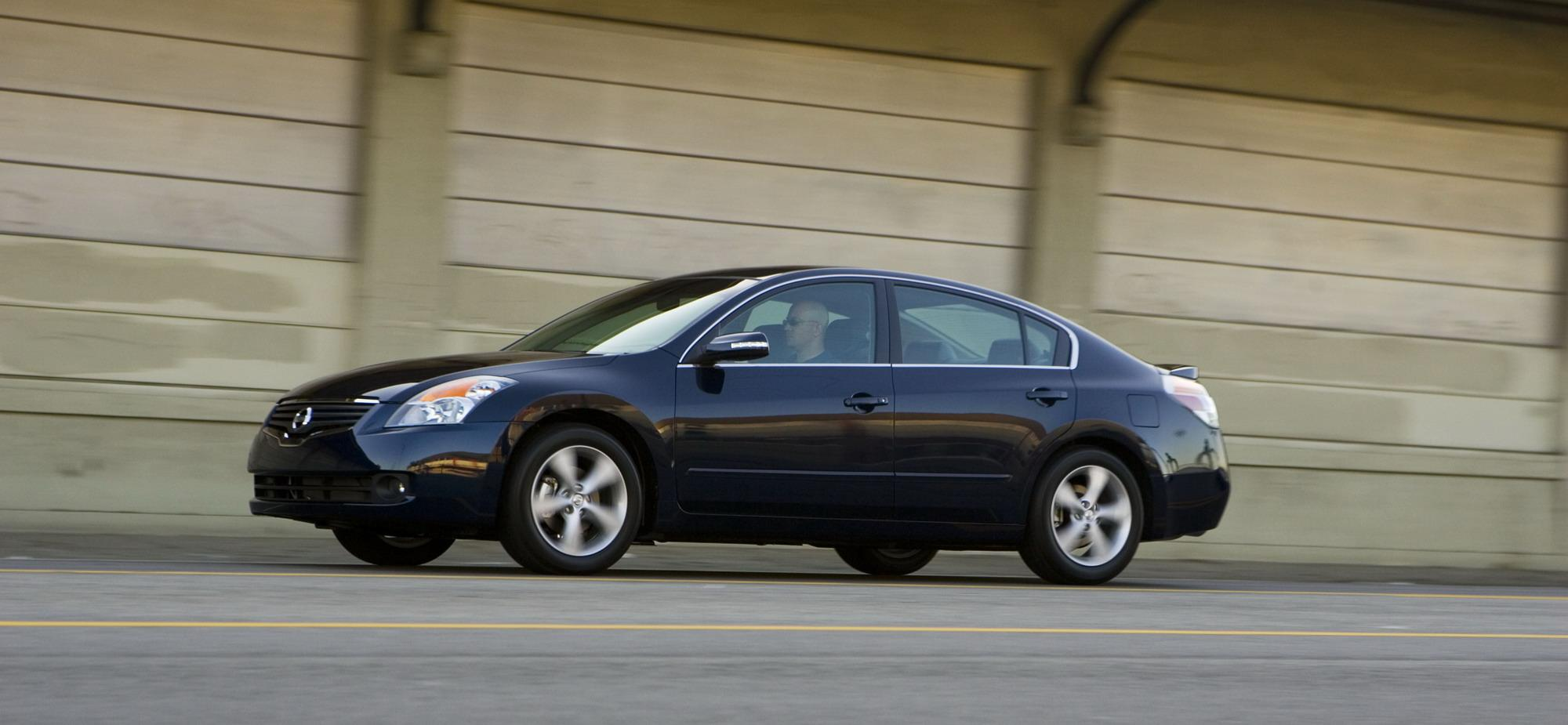 2009 nissan altima review - top speed
