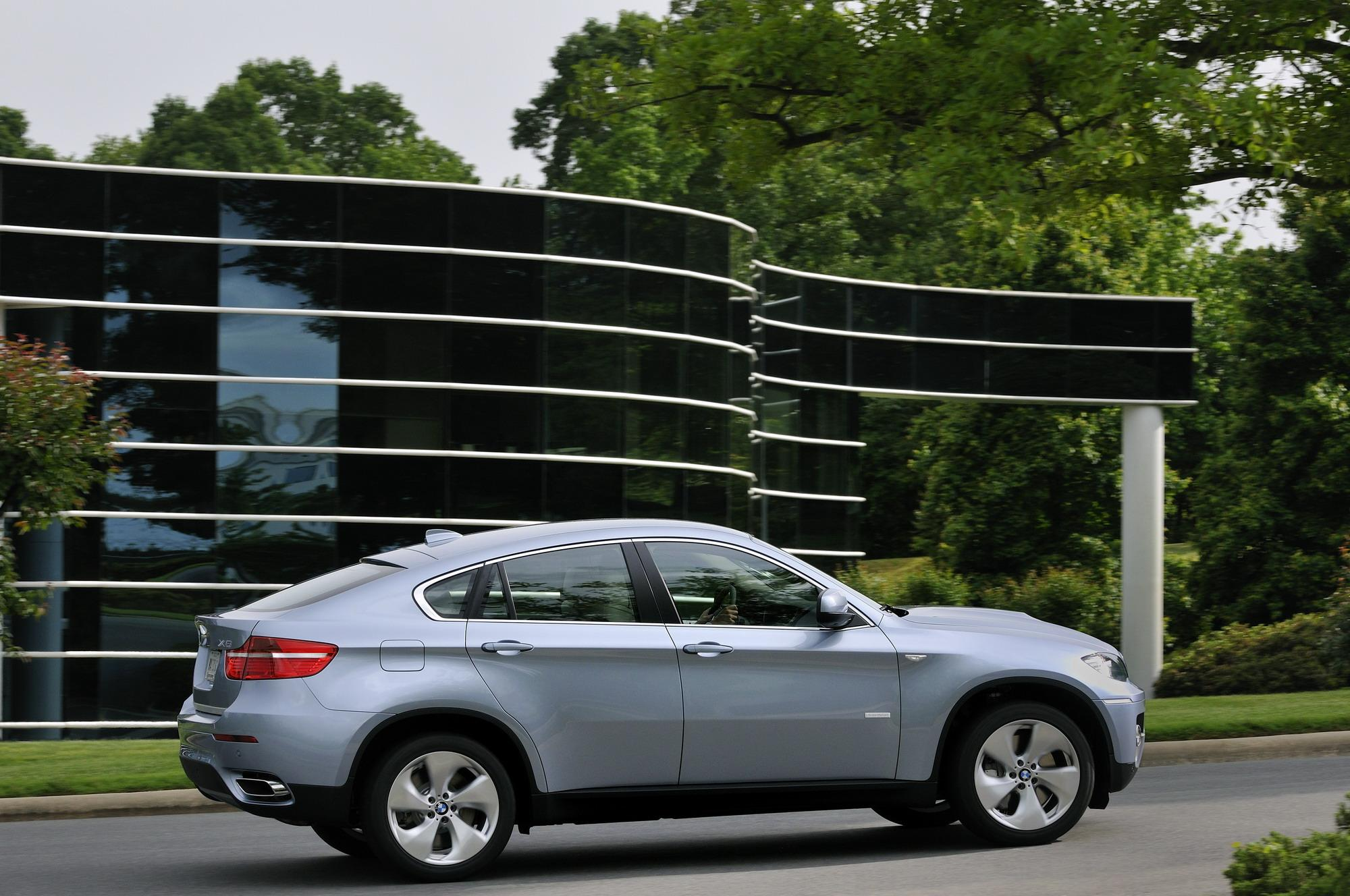 2010 BMW ActiveHybrid X6 Review - Top Speed