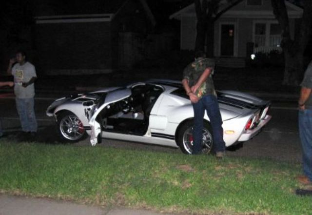 New Car Owner Crashed Brand New Ford Gt Top Speed