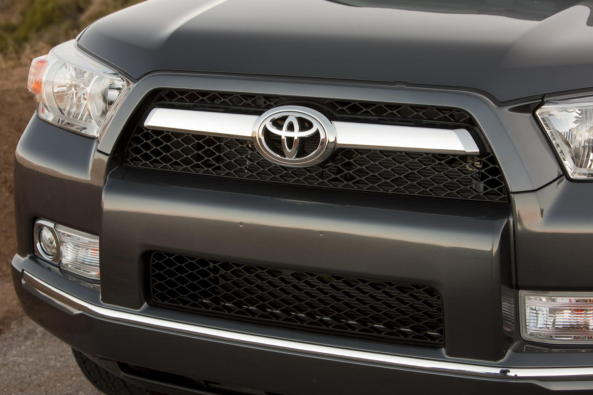 2010 toyota 4runner review top speed. Black Bedroom Furniture Sets. Home Design Ideas