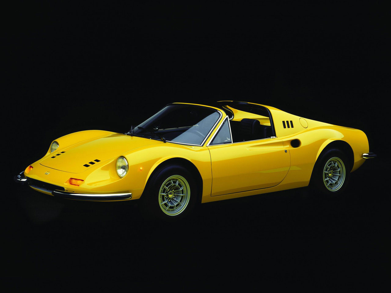 1972 1974 ferrari dino 246 gts top speed. Black Bedroom Furniture Sets. Home Design Ideas