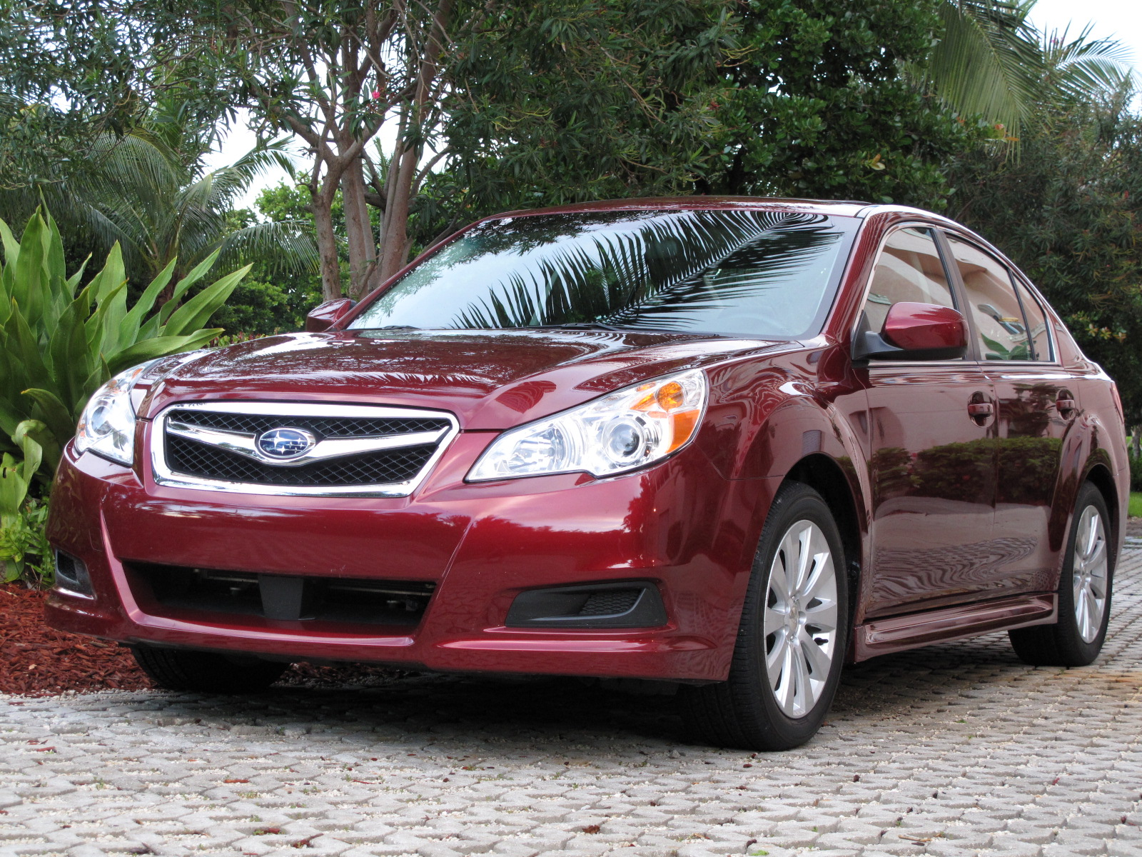 initial thoughts 2010 subaru legacy 3 6 r news top speed. Black Bedroom Furniture Sets. Home Design Ideas