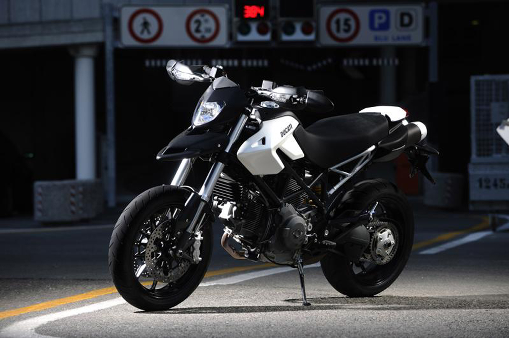 2010 ducati hypermotard 796 gallery 329320 top speed. Black Bedroom Furniture Sets. Home Design Ideas