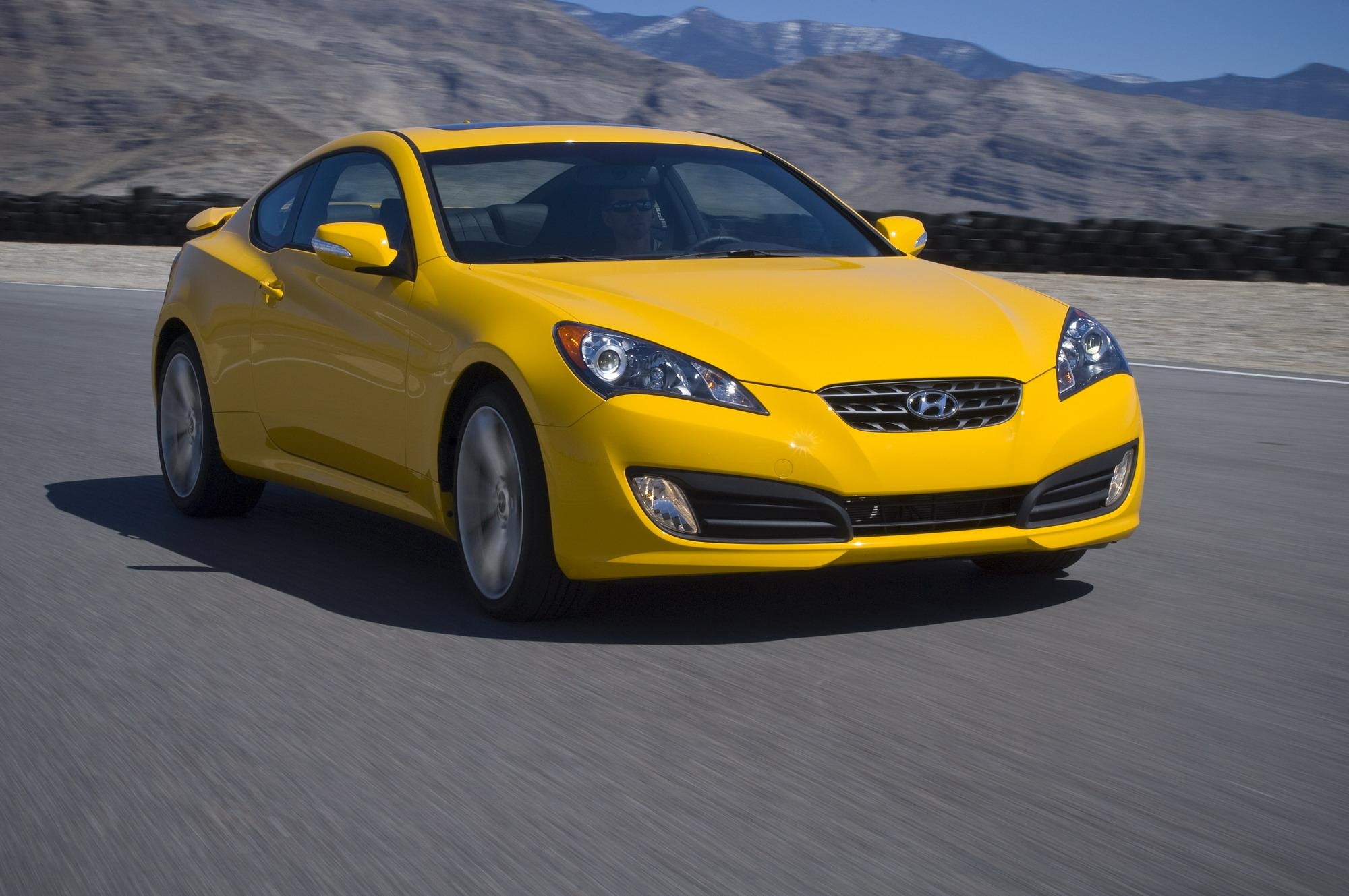 2010 hyundai genesis coupe gallery 329201 top speed. Black Bedroom Furniture Sets. Home Design Ideas
