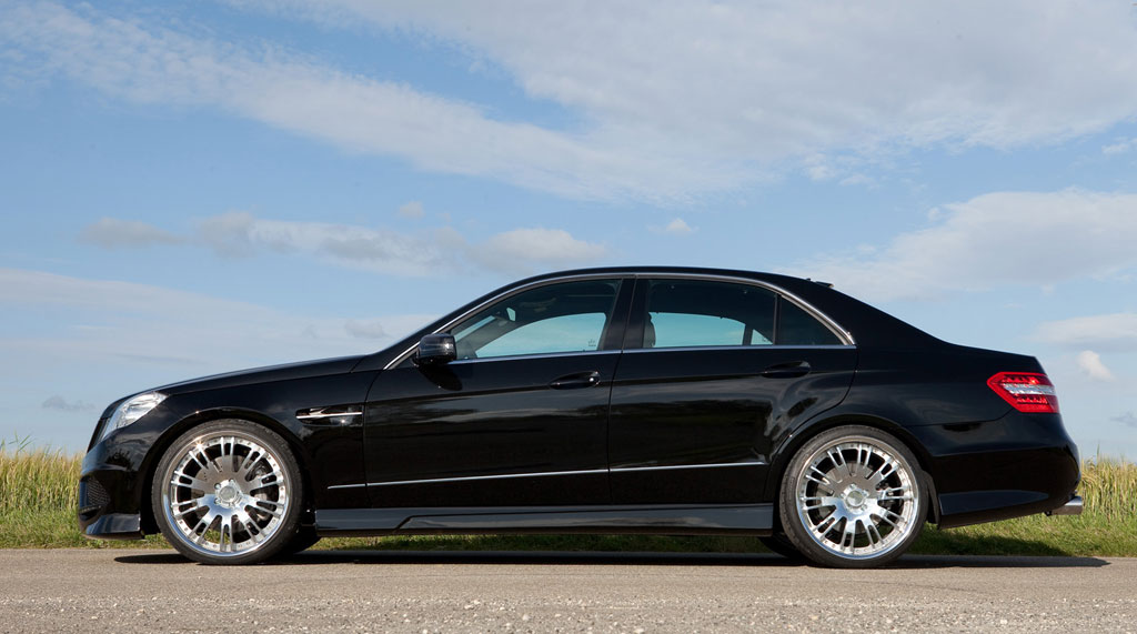Four Door Sports Cars >> 2010 Mercedes E Class Gets Upgraded With A Set Of Lumma ...