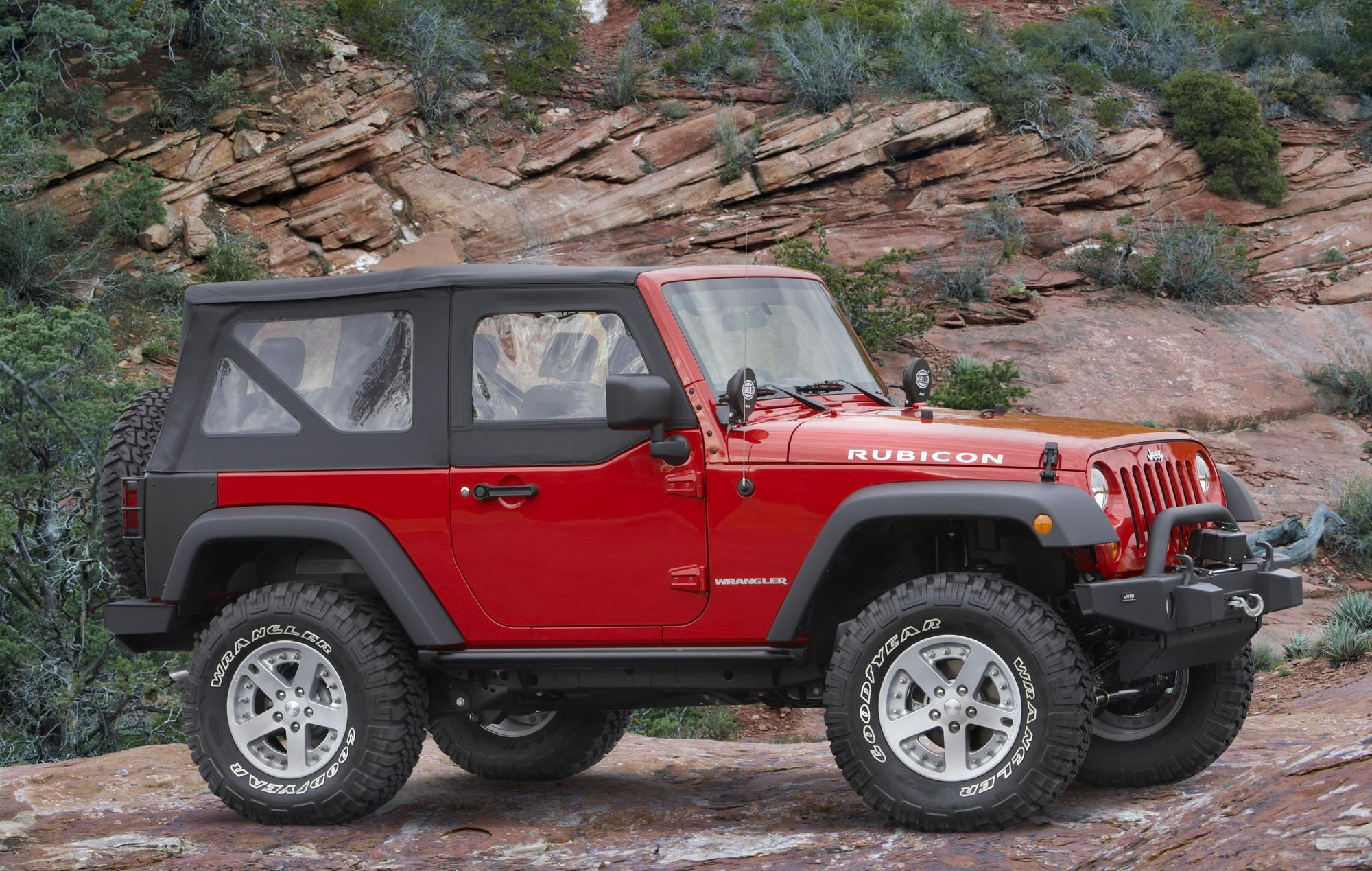 Jeep Wrangler News And Reviews Top Speed 2009 Rubicon V6 38 Liter Gas Radiator Components 2010 Extreme Off Road