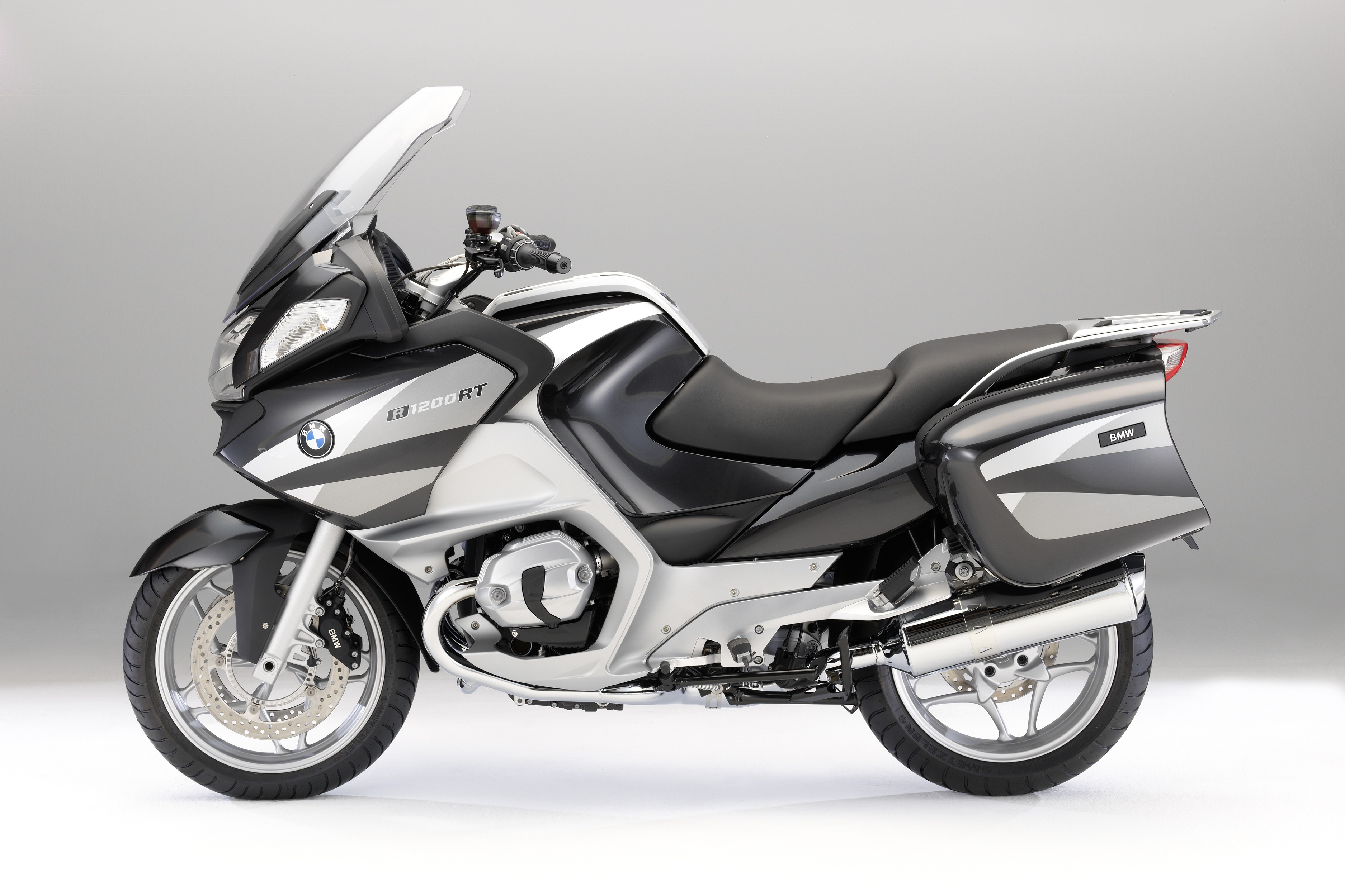 2010 bmw r 1200 rt gallery 331522 top speed. Black Bedroom Furniture Sets. Home Design Ideas