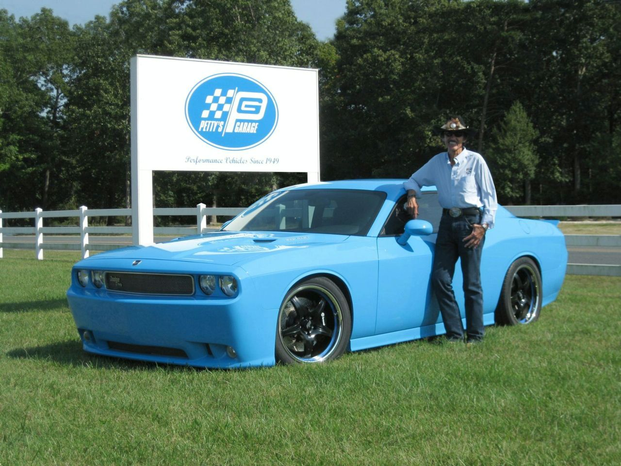 Dodge Challenger By Richard Petty S Garage Top Sd