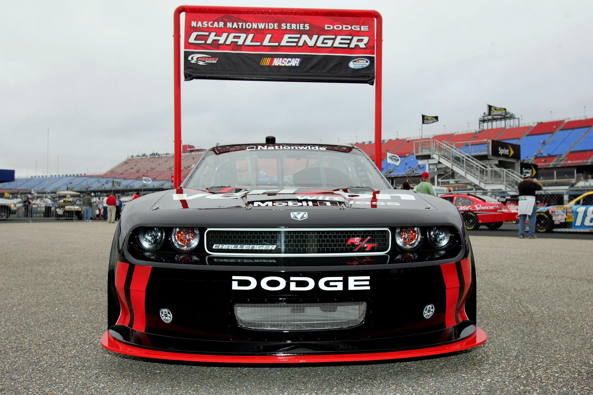 Richard Petty Motorsports >> 2009 Dodge Challenger For NASCAR Nationwide Series | Top Speed