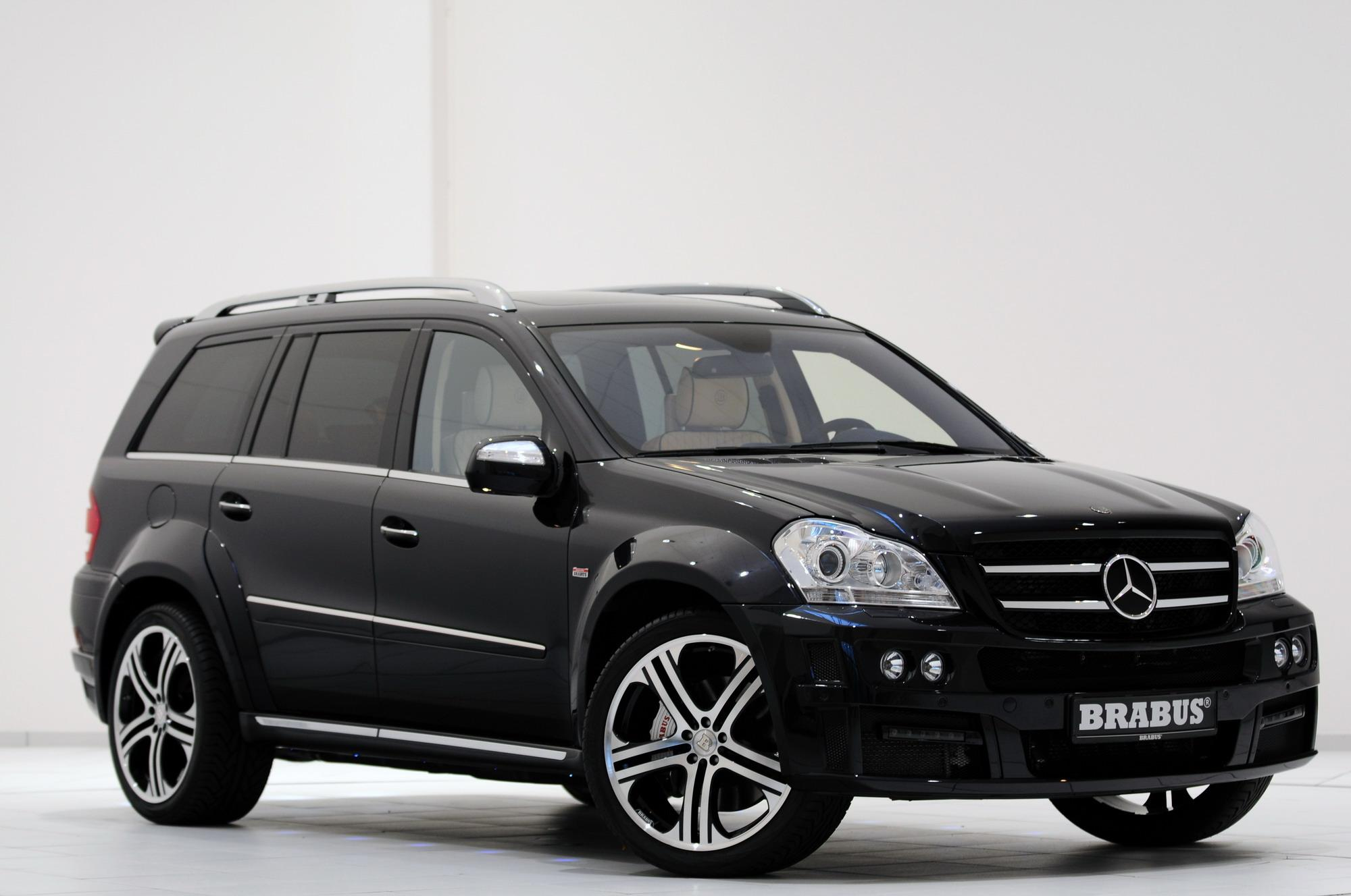 Mercedes GL-Class Facelift By BRABUS | Top Speed