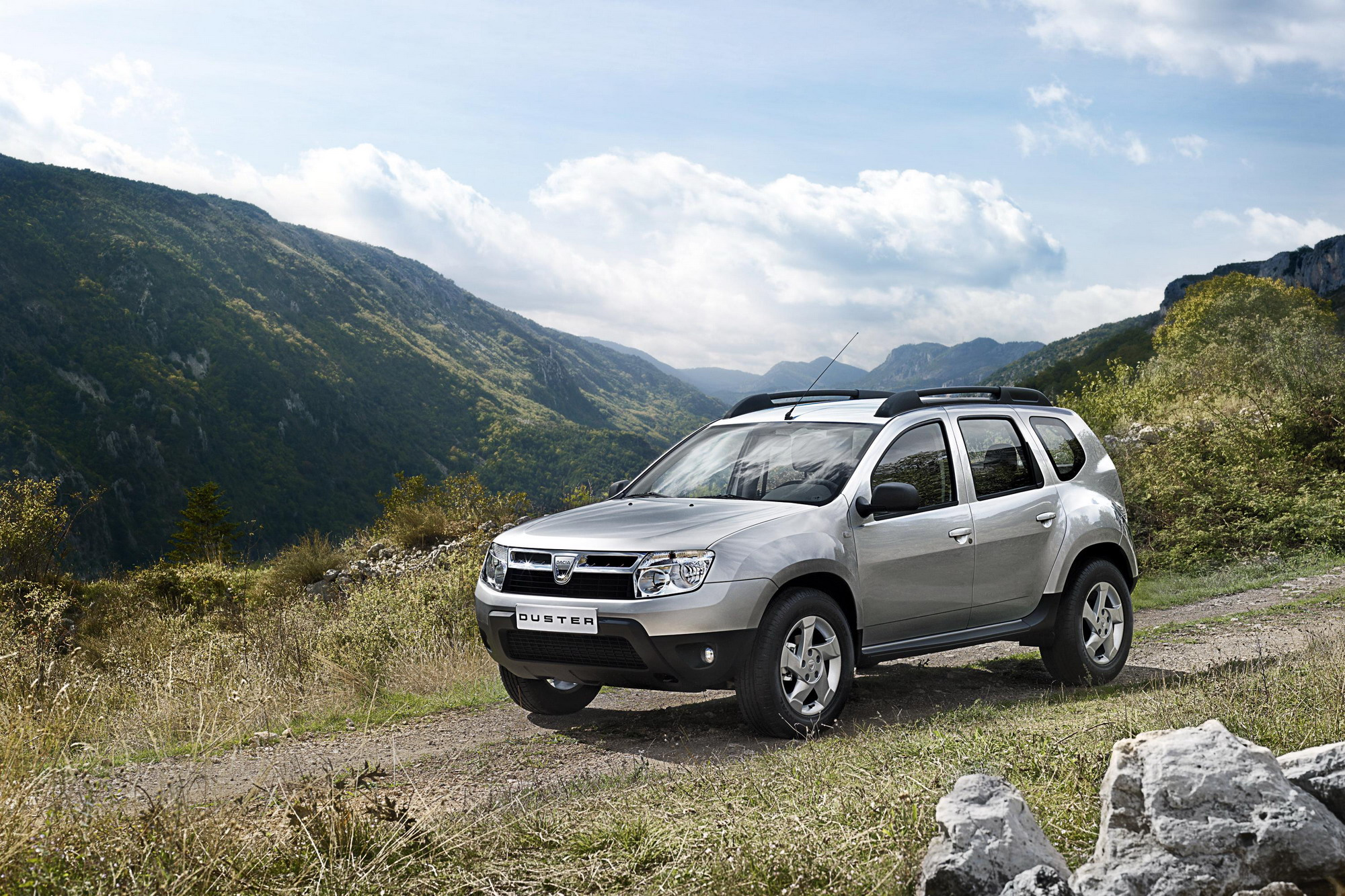 2010 dacia duster top speed. Black Bedroom Furniture Sets. Home Design Ideas