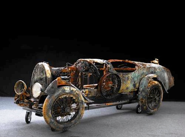 1925 Bugatti Brescia pulled underwater to go up for auction