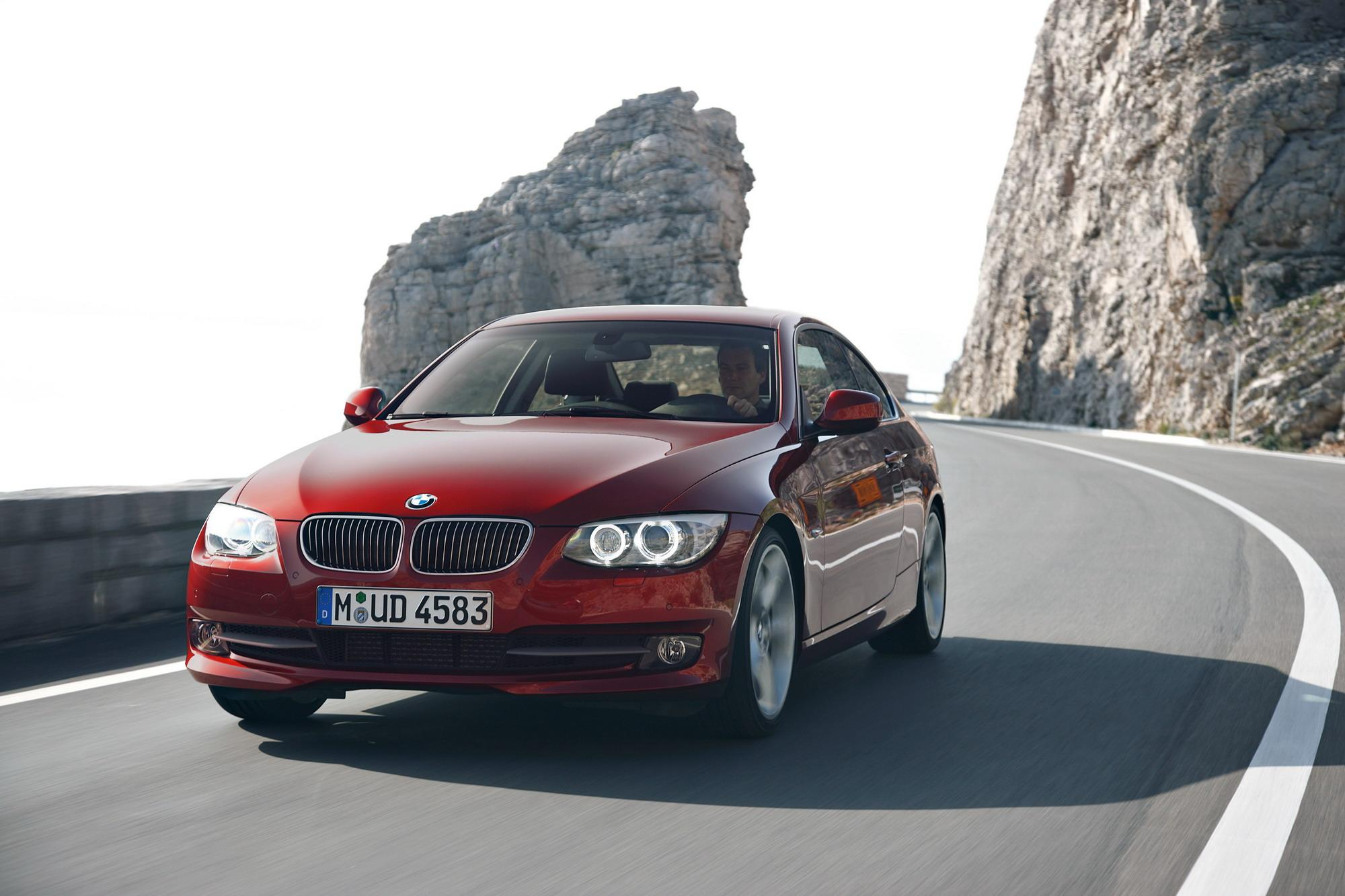 2011 bmw 3 series coupe and convertible review top speed. Black Bedroom Furniture Sets. Home Design Ideas