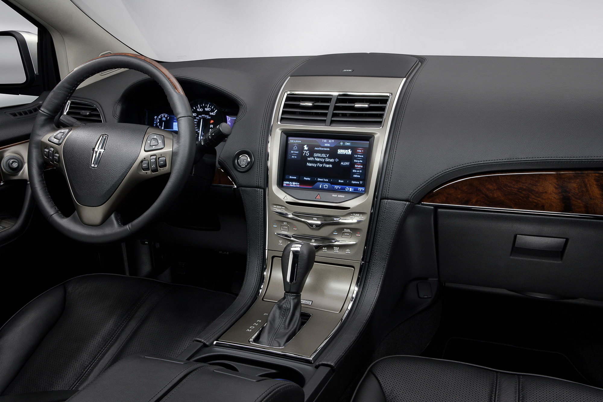 reviews features drive interior mkz lincoln hybrid driver price photos sedan front side wheel