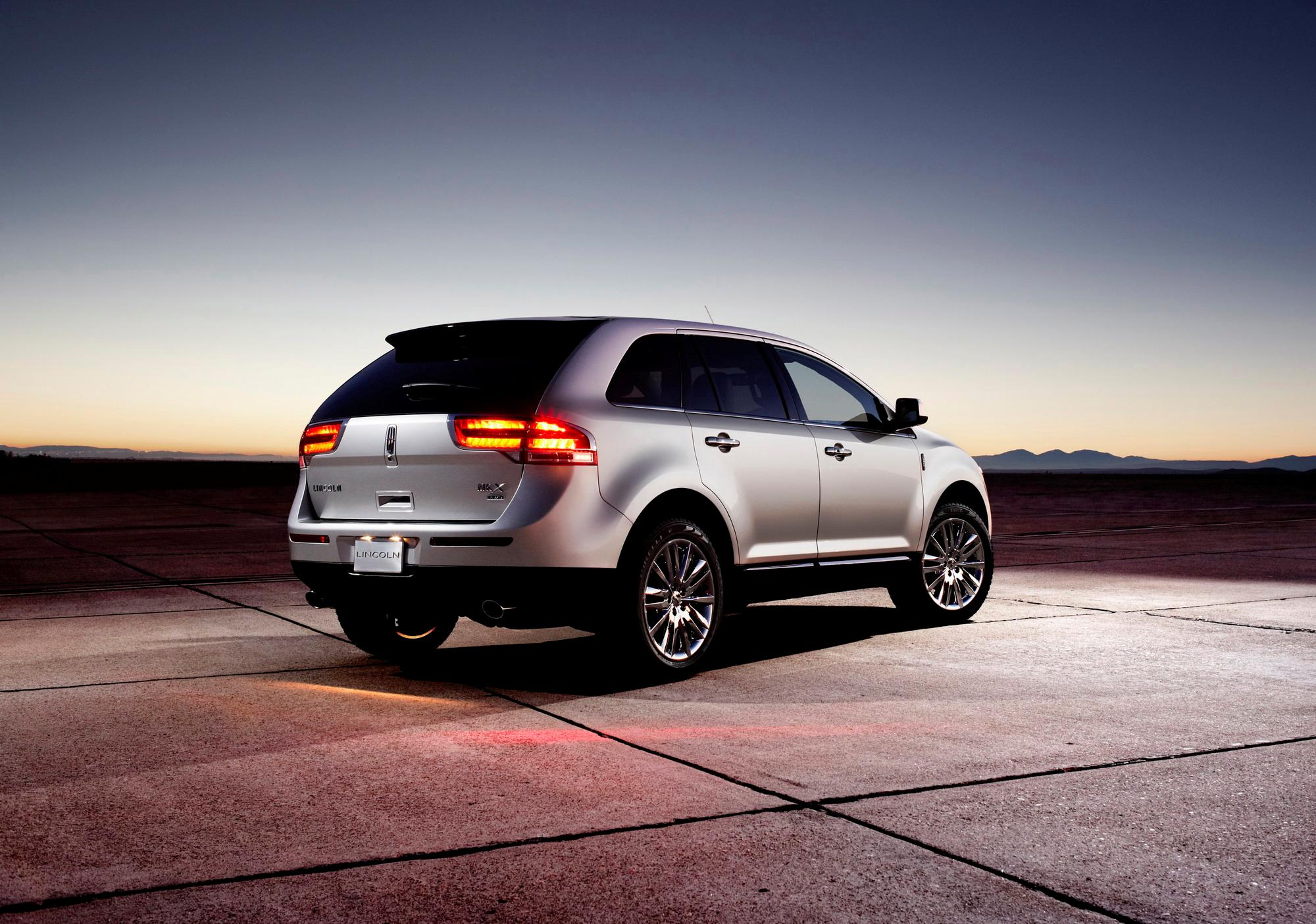 2011 Lincoln MKX | Top Speed. »