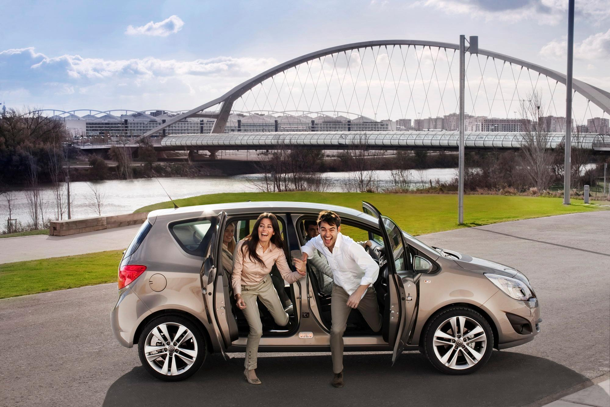 Opel meriva reviews specs prices top speed opel meriva reviews specs prices top speed sciox Image collections