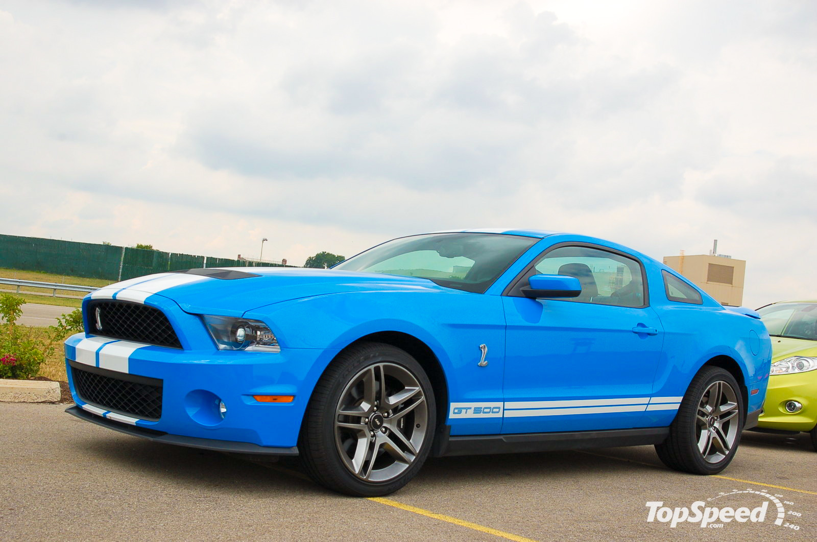Ford Mustang Outsells Chevy Camaro In 2009 News - Top Speed