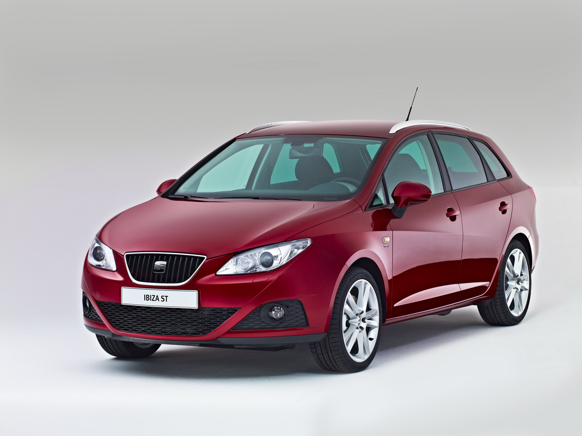 2010 seat ibiza st review top speed. Black Bedroom Furniture Sets. Home Design Ideas