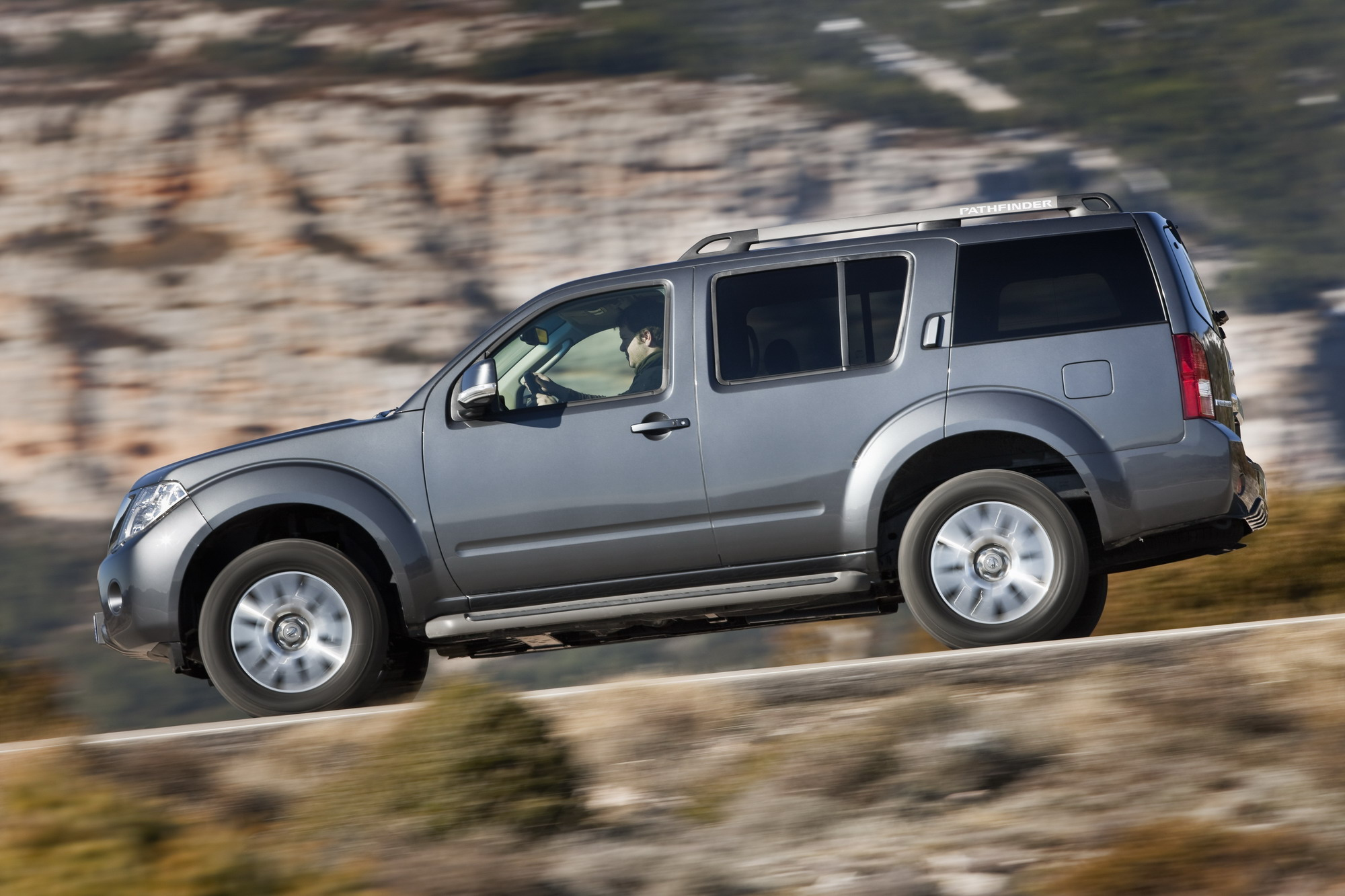 pathfinder reviews price exterior nissan suv features photos s used fe