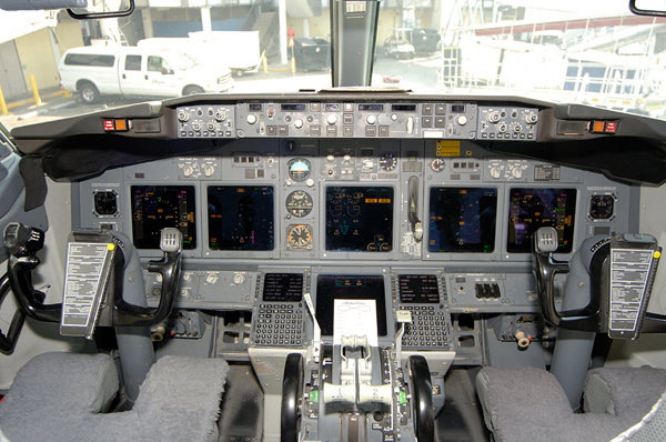 2001 - 2010 Boeing 737-900 Review - Top Speed
