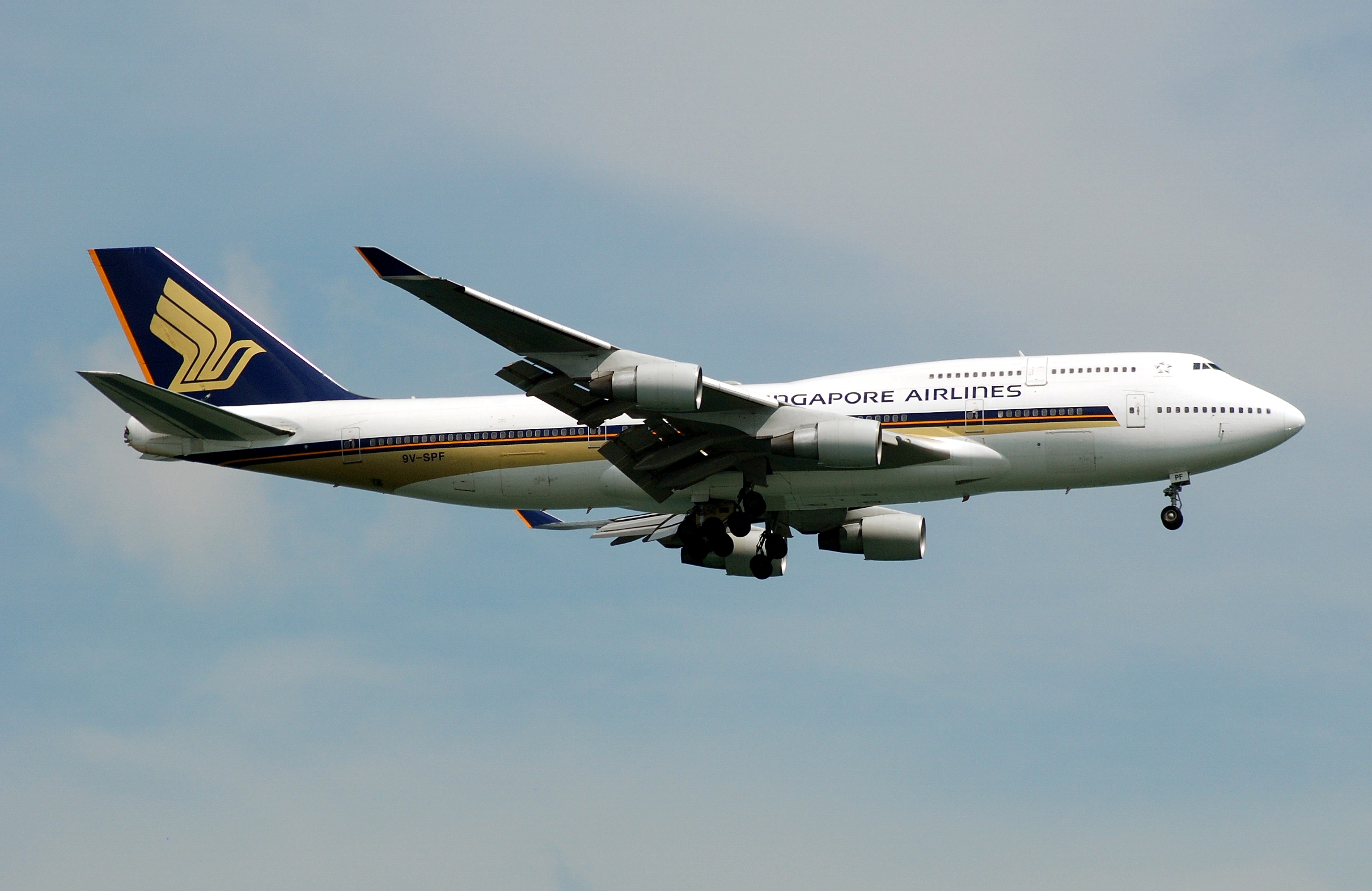 1989 - 2010 Boeing 747-400 Review - Top Speed