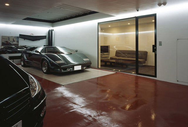 Lamborghini S Inside A Living Room Are Insanely Awesome Pictures
