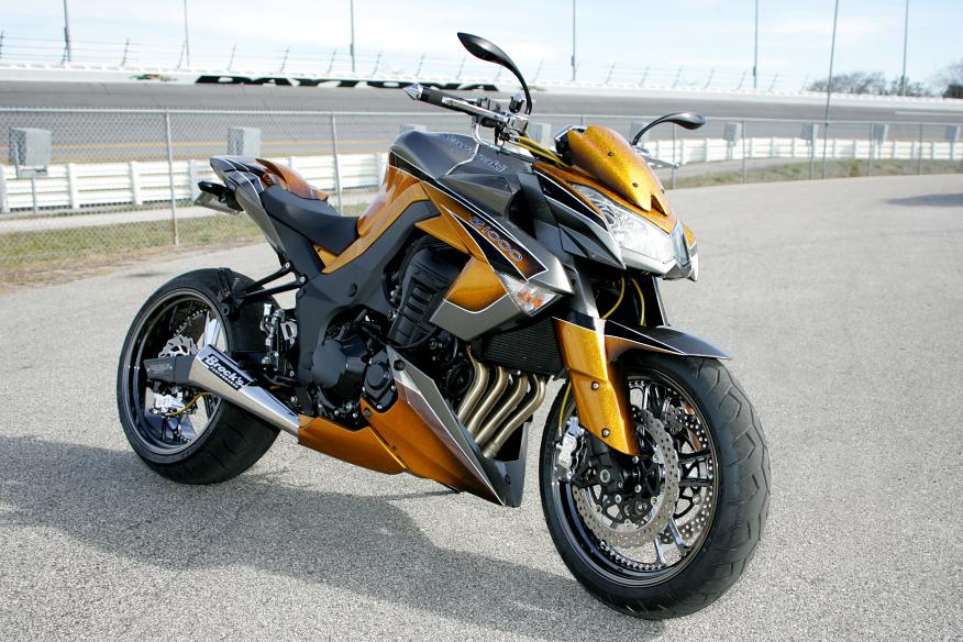 2010 kawasaki z1000 by roaring toyz gallery 358170 top speed. Black Bedroom Furniture Sets. Home Design Ideas