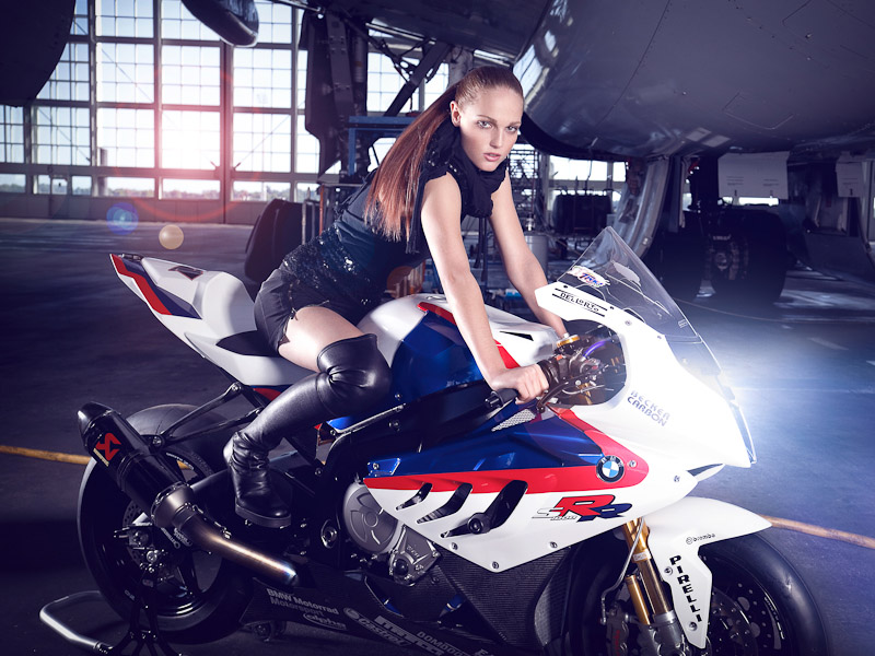 Leslie Porterfield Makes Bmw S S1000rr Look Faster