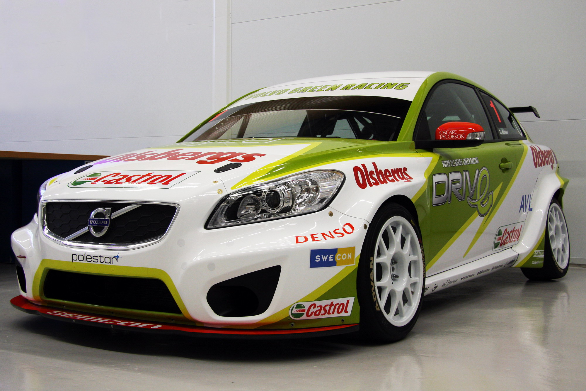 Top Fastest Cars >> 2010 Volvo C30 STCC | Top Speed
